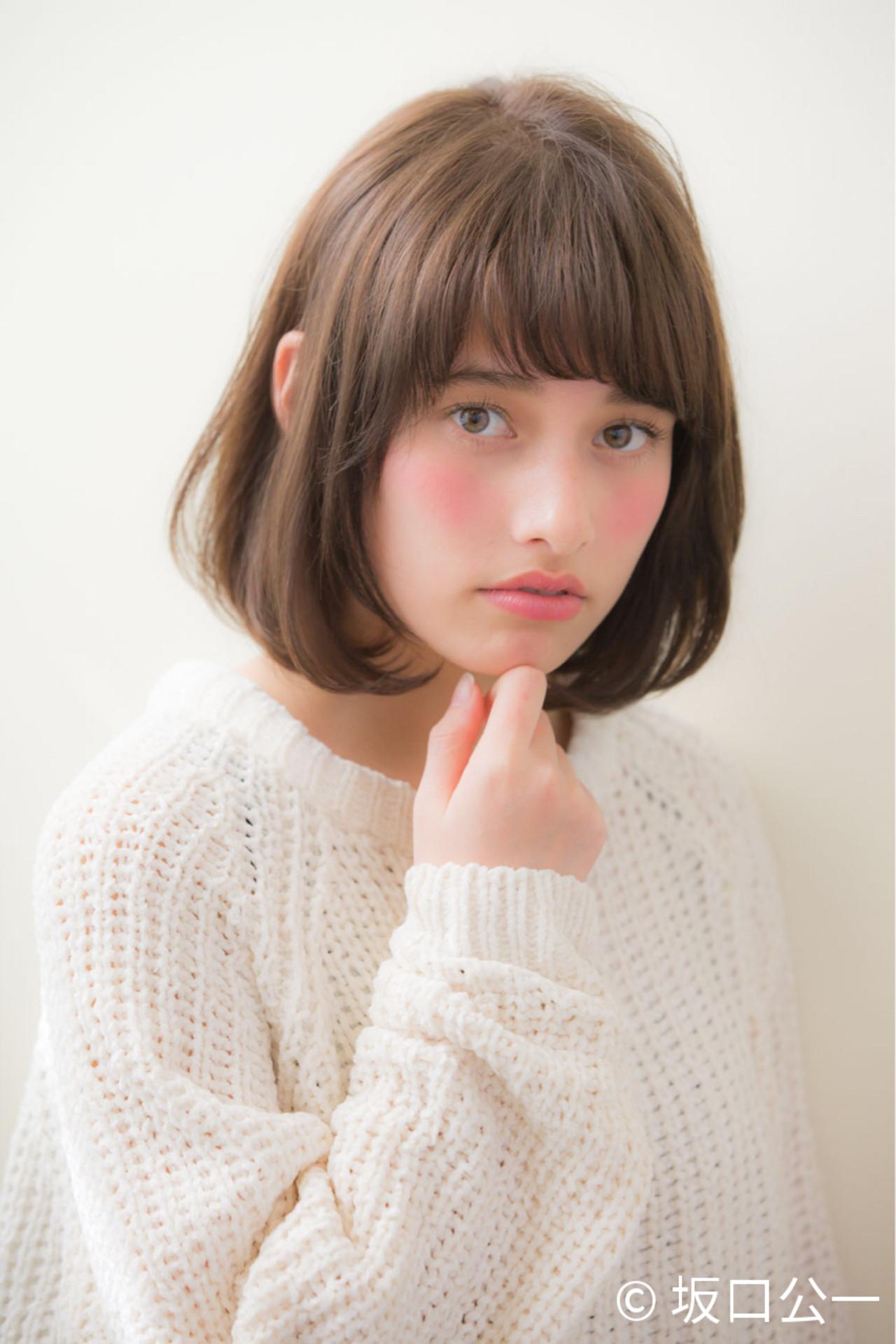 大人かわいい ミディアム デジタルパーマ リラックス ヘアスタイルや髪型の写真・画像   坂口公一 / aRietta AZABU
