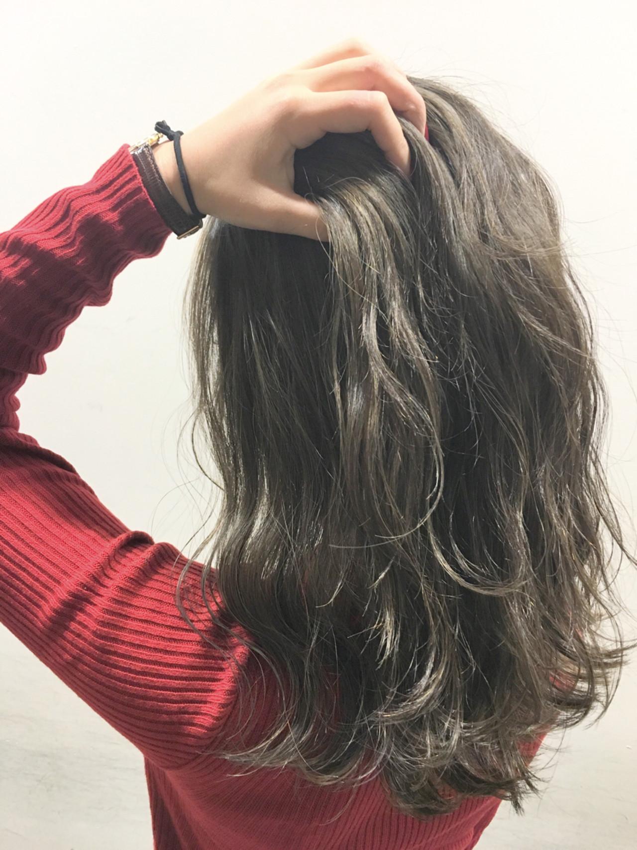 暗髪 ロング ハイライト 外国人風ヘアスタイルや髪型の写真・画像