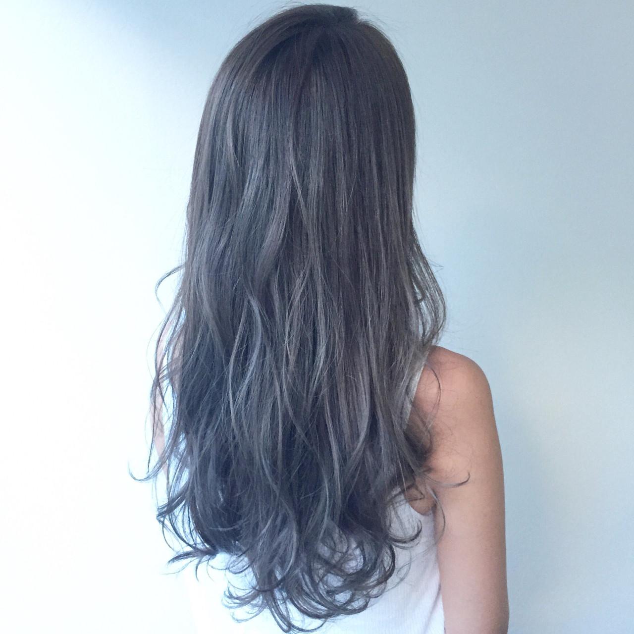 外国人風カラー グレージュ 外国人風 ウェーブ ヘアスタイルや髪型の写真・画像 | seikan / vifkrone hair&beauty