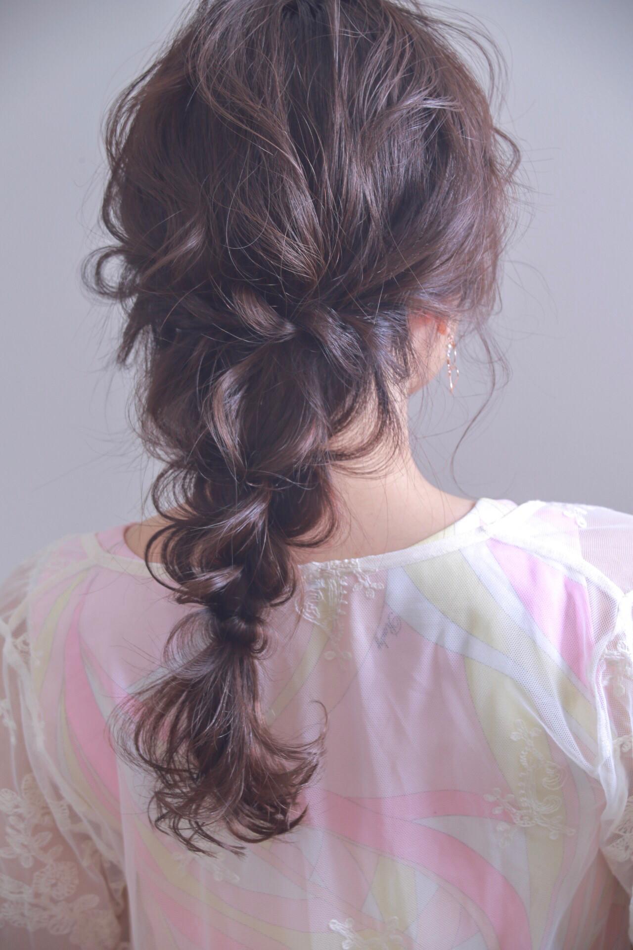 女子会 デート ロング フェミニン ヘアスタイルや髪型の写真・画像   伊藤 裕貴 / LOAOL上小田井店