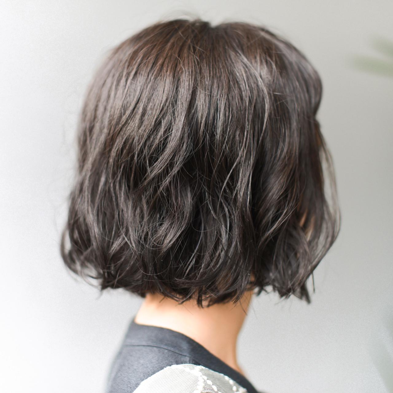 色気 パーマ 冬 ボブ ヘアスタイルや髪型の写真・画像 | yuuta inoue/vicca 'ekolu / vicca 'ekolu