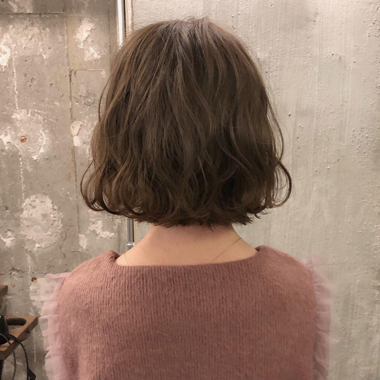 ナチュラル 結婚式 ボブ オフィス ヘアスタイルや髪型の写真・画像 | 冨永 真太郎 / 人トナリ