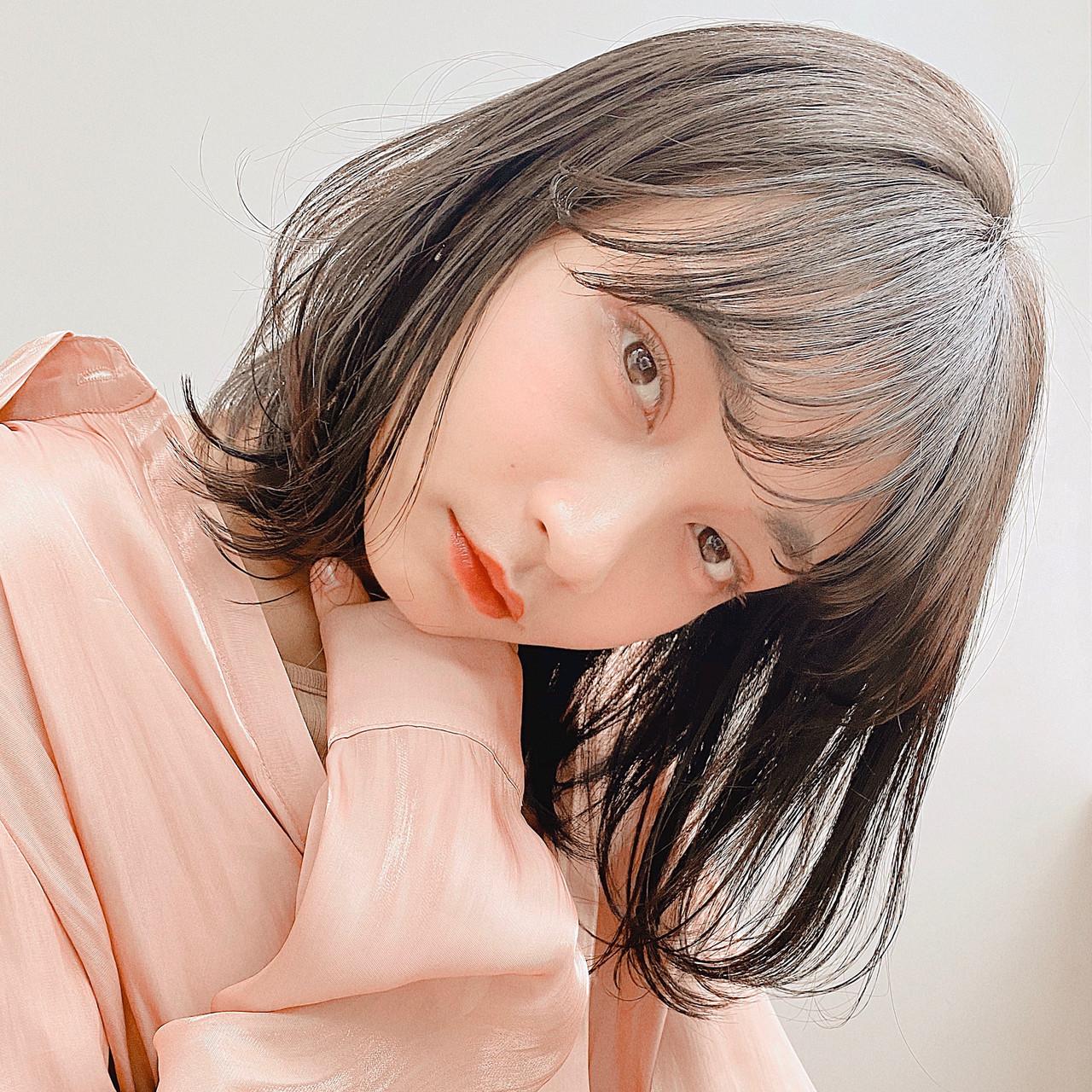 前髪あり 韓国ヘア 小顔ヘア ミディアム ヘアスタイルや髪型の写真・画像