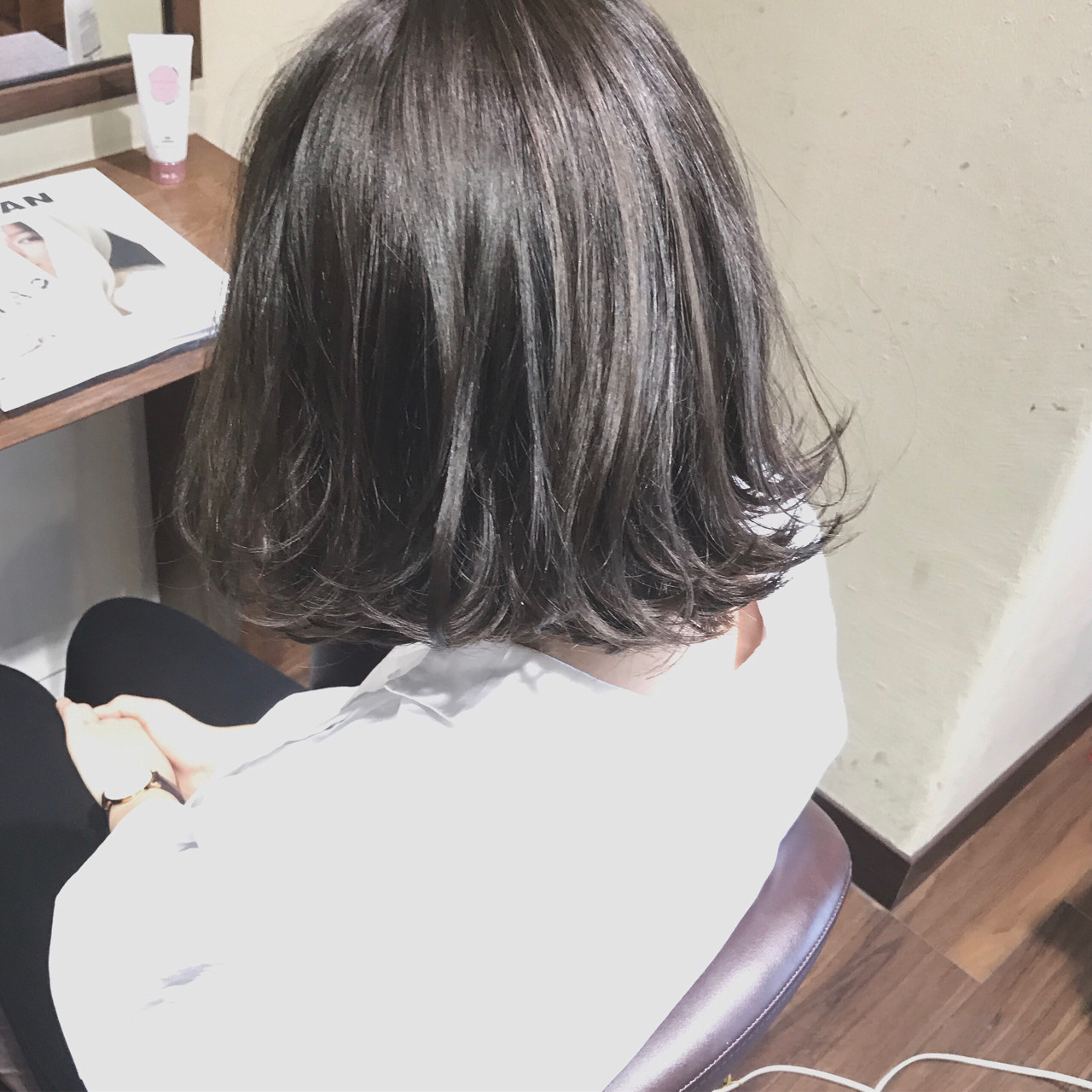 フェミニン 大人女子 ミルクティー 色気 ヘアスタイルや髪型の写真・画像   SHOTA / cherir