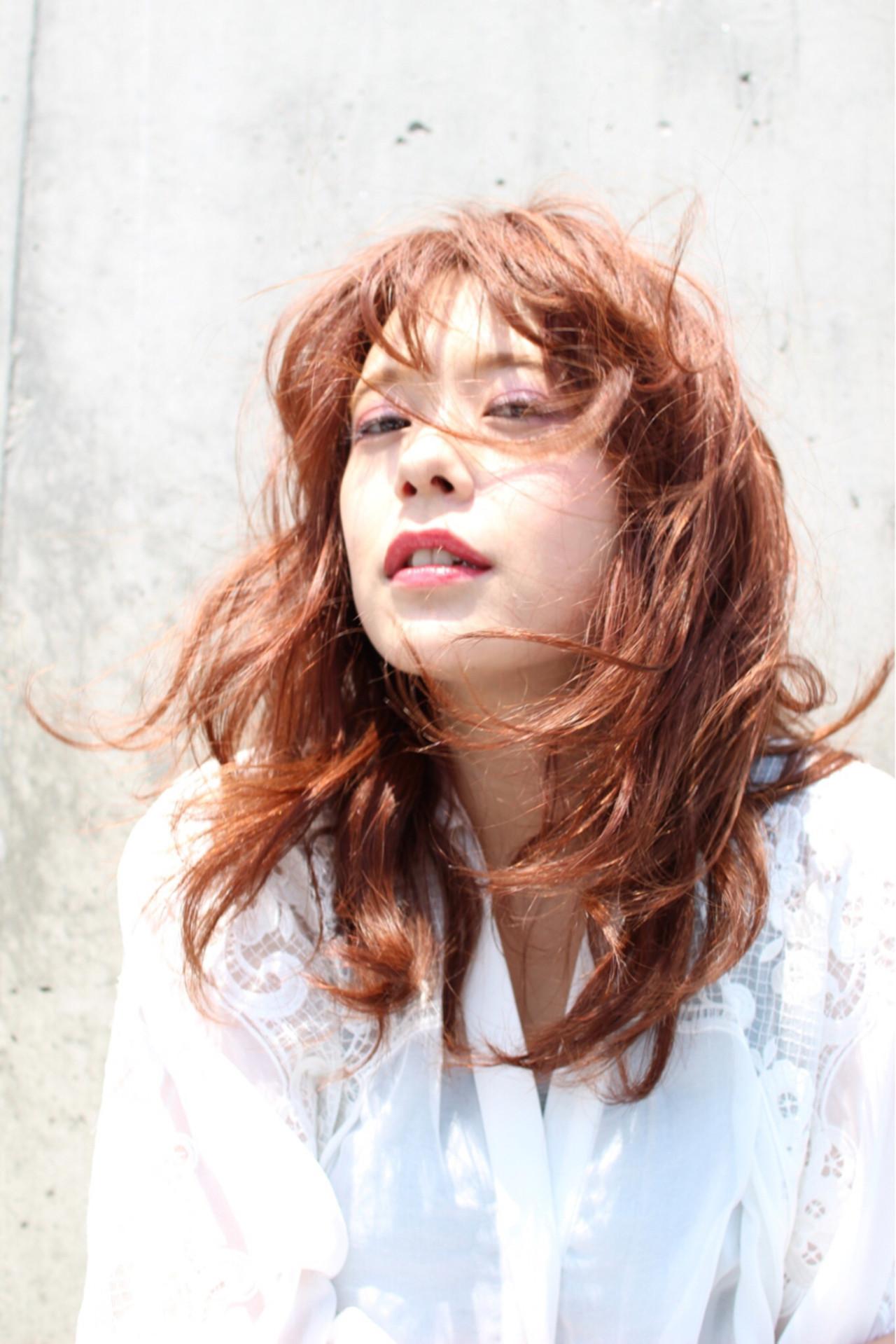 波ウェーブ パーマ 外国人風 ストリート ヘアスタイルや髪型の写真・画像   亀山 直紀 / Ash 二子玉川