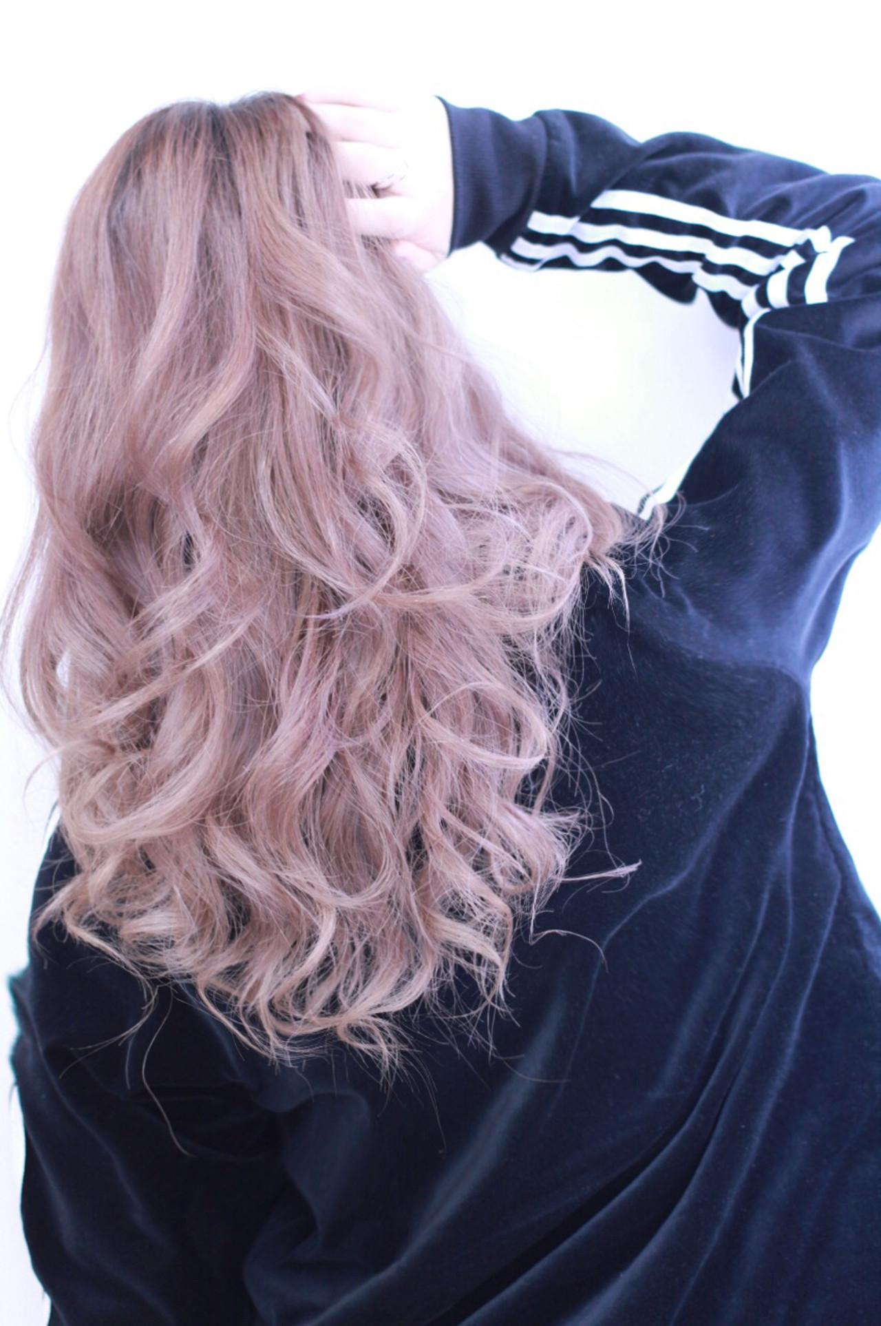 ピンク アッシュ 外国人風 セミロングヘアスタイルや髪型の写真・画像