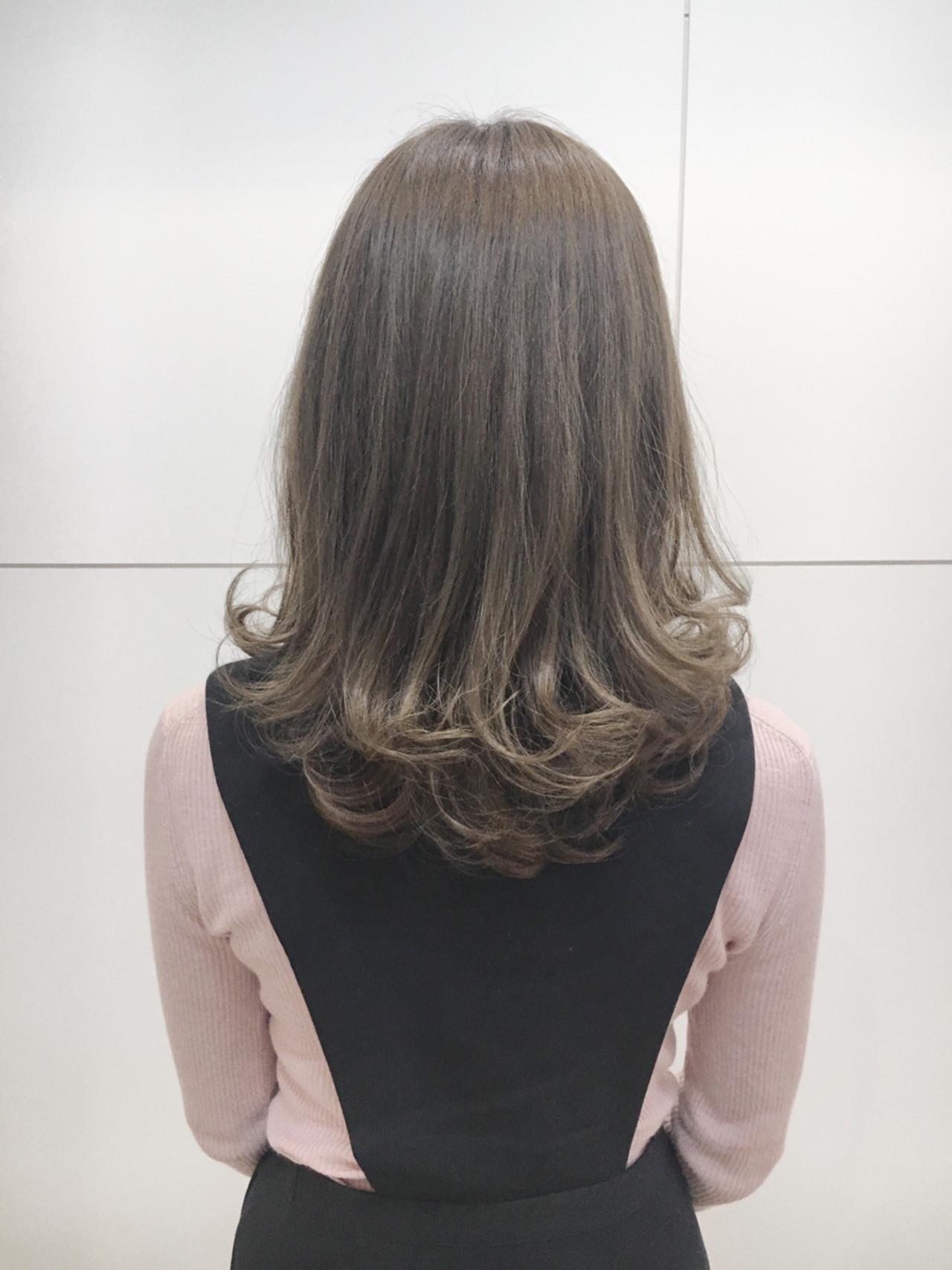 アッシュ ミディアム ボブ グラデーションカラー ヘアスタイルや髪型の写真・画像 | 藤田 祥平/brace / Soin de brace 大日店