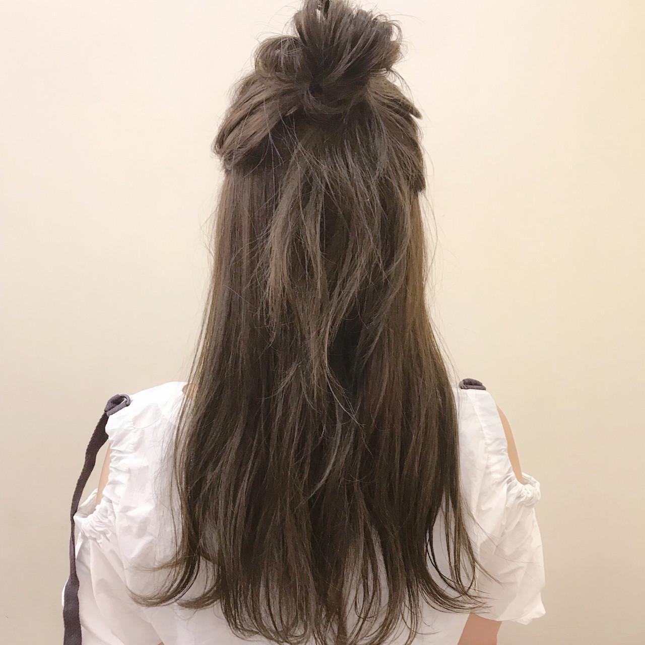 夏 ナチュラル ハイライト ロング ヘアスタイルや髪型の写真・画像 | yumiko/sapporoSKNOW / SKNOW