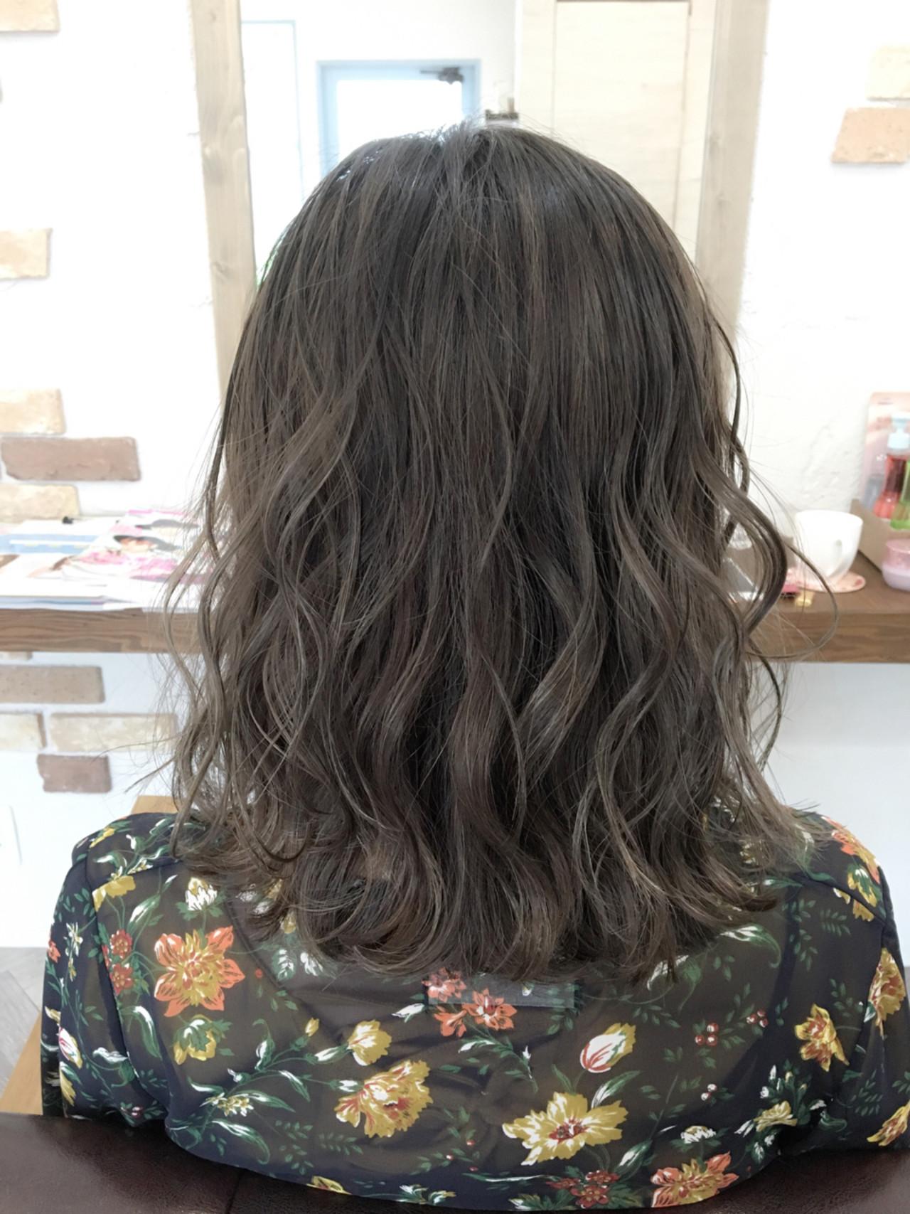 ストリート ハイライト デート 外国人風 ヘアスタイルや髪型の写真・画像 | 友木 清貴 / SUPERBE
