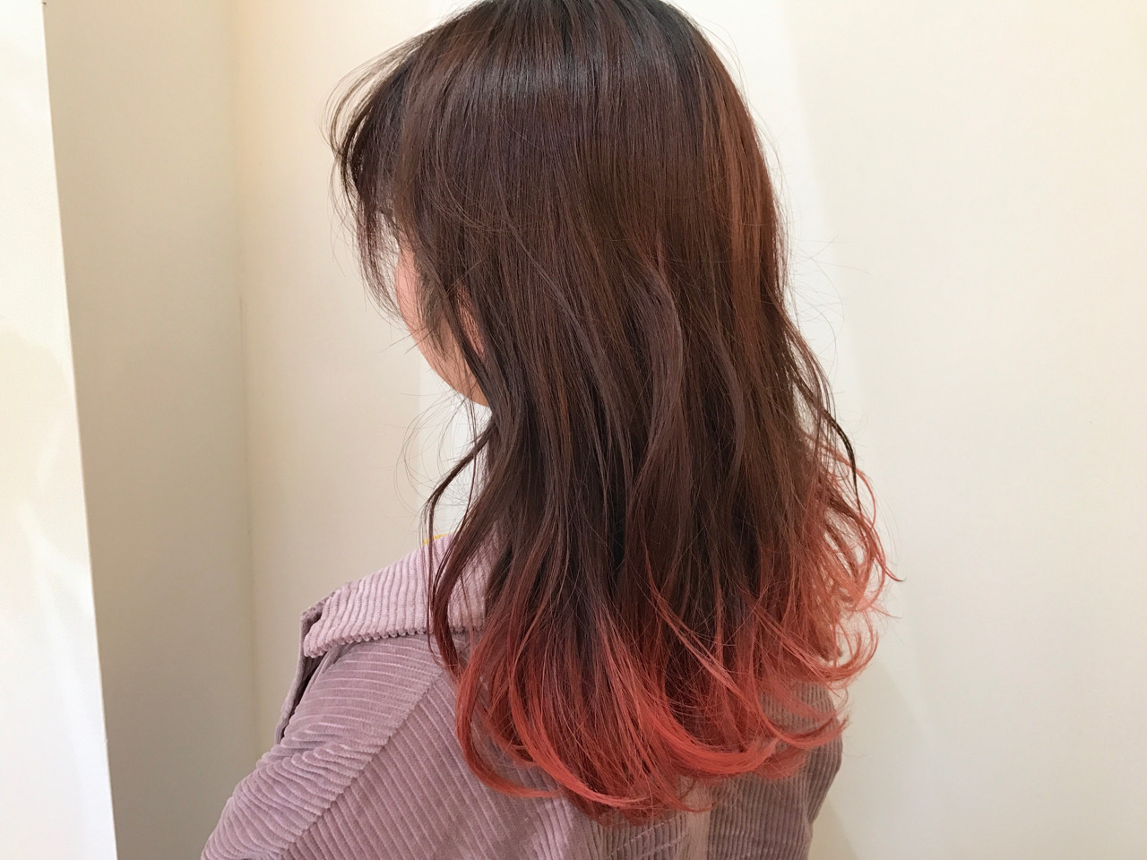 フェミニン ダブルカラー ピンク ハイトーンヘアスタイルや髪型の写真・画像