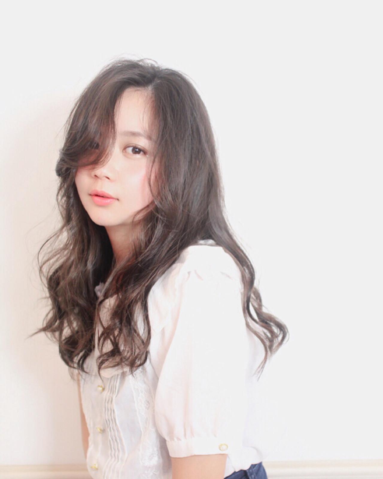 ゆるふわ 小顔 大人女子 暗髪 ヘアスタイルや髪型の写真・画像 | 伊達 未来子 / CAPA