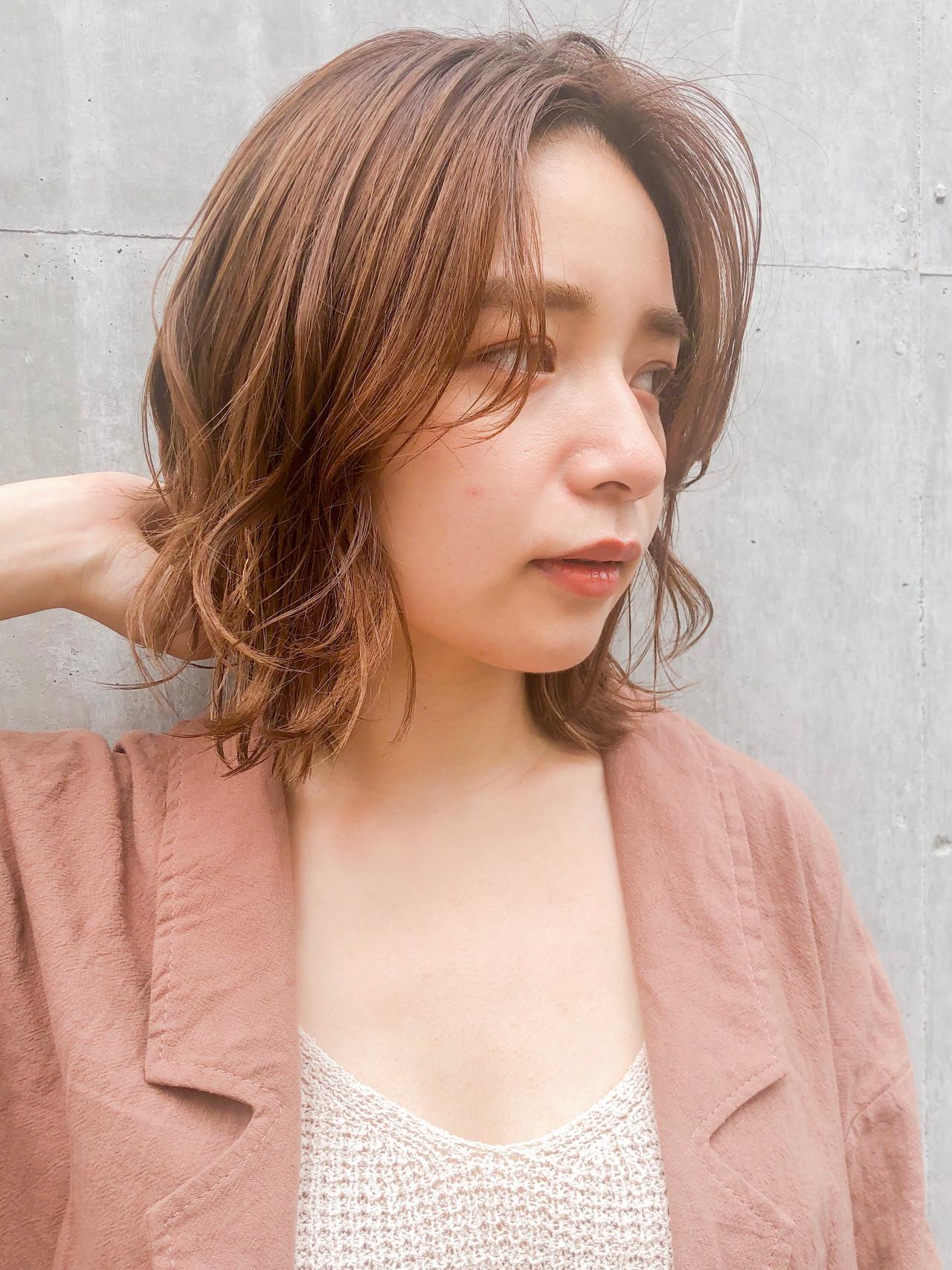 レイヤーカット デジタルパーマ ゆるふわパーマ ウルフカット ヘアスタイルや髪型の写真・画像