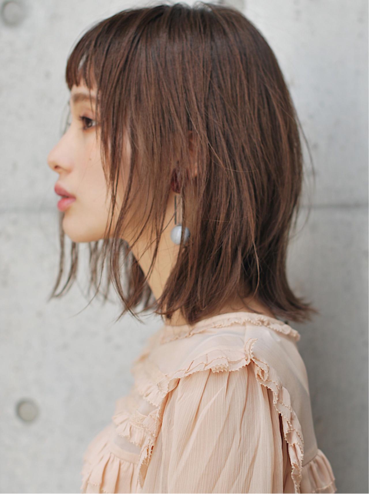 ミルクティーベージュ 透明感 ロブ ナチュラルヘアスタイルや髪型の写真・画像