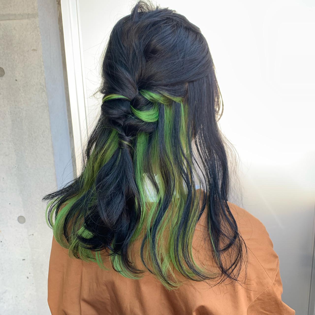 セミロング ストリート ユニコーンカラー インナーカラーライム ヘアスタイルや髪型の写真・画像 | アヤ / Lano by HAIR