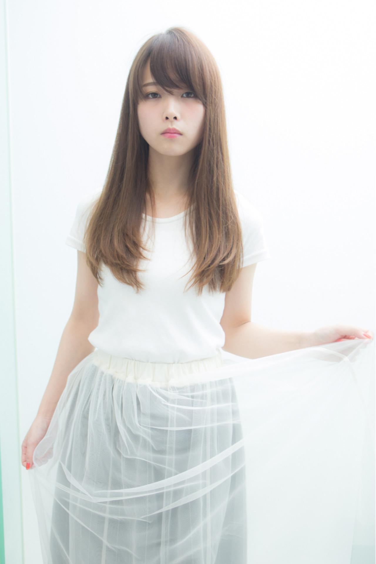巻き髪ストレートヘア。オシャレに魅せたい、アンニュイスタイル。 鬼塚 雅章 / Euphoria+nサンシャイン通り店・+e60回通り店