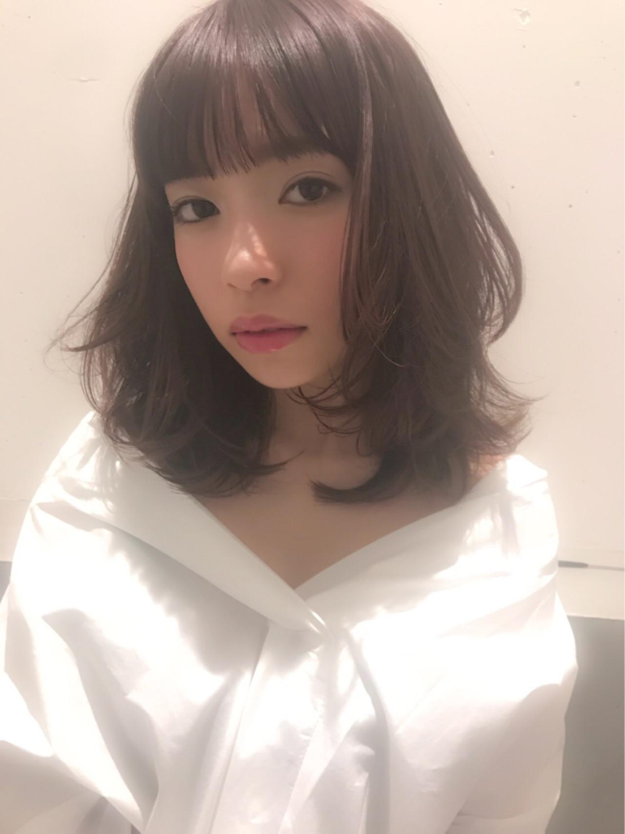 おフェロ レイヤーカット ミディアム ピンクアッシュ ヘアスタイルや髪型の写真・画像   ひろみ /