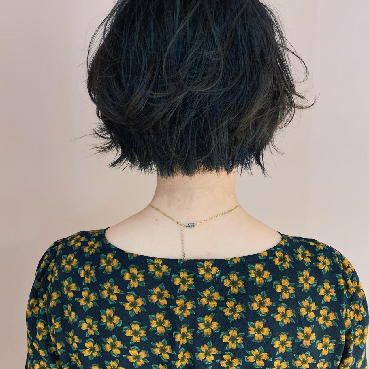 ショートヘア ミニボブ 切りっぱなしボブ 大人かわいいヘアスタイルや髪型の写真・画像