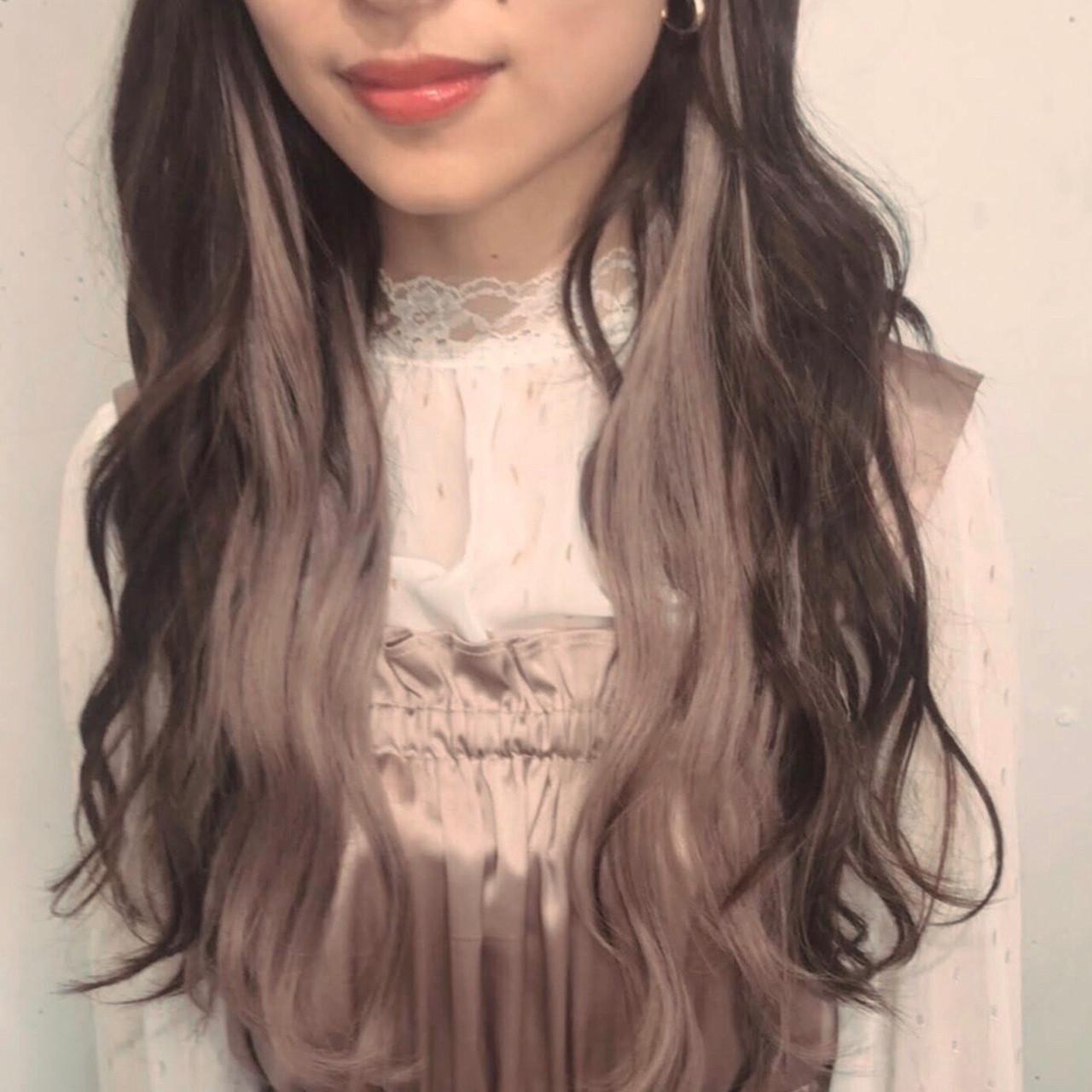 インナーカラー イルミナカラー エクステ フェミニン ヘアスタイルや髪型の写真・画像