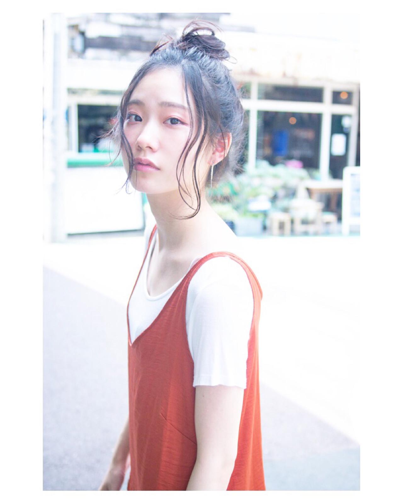 """ミディアムでもOK♡簡単かわいいアレンジなら""""おだんごヘア""""! 原 光 / Guenco"""