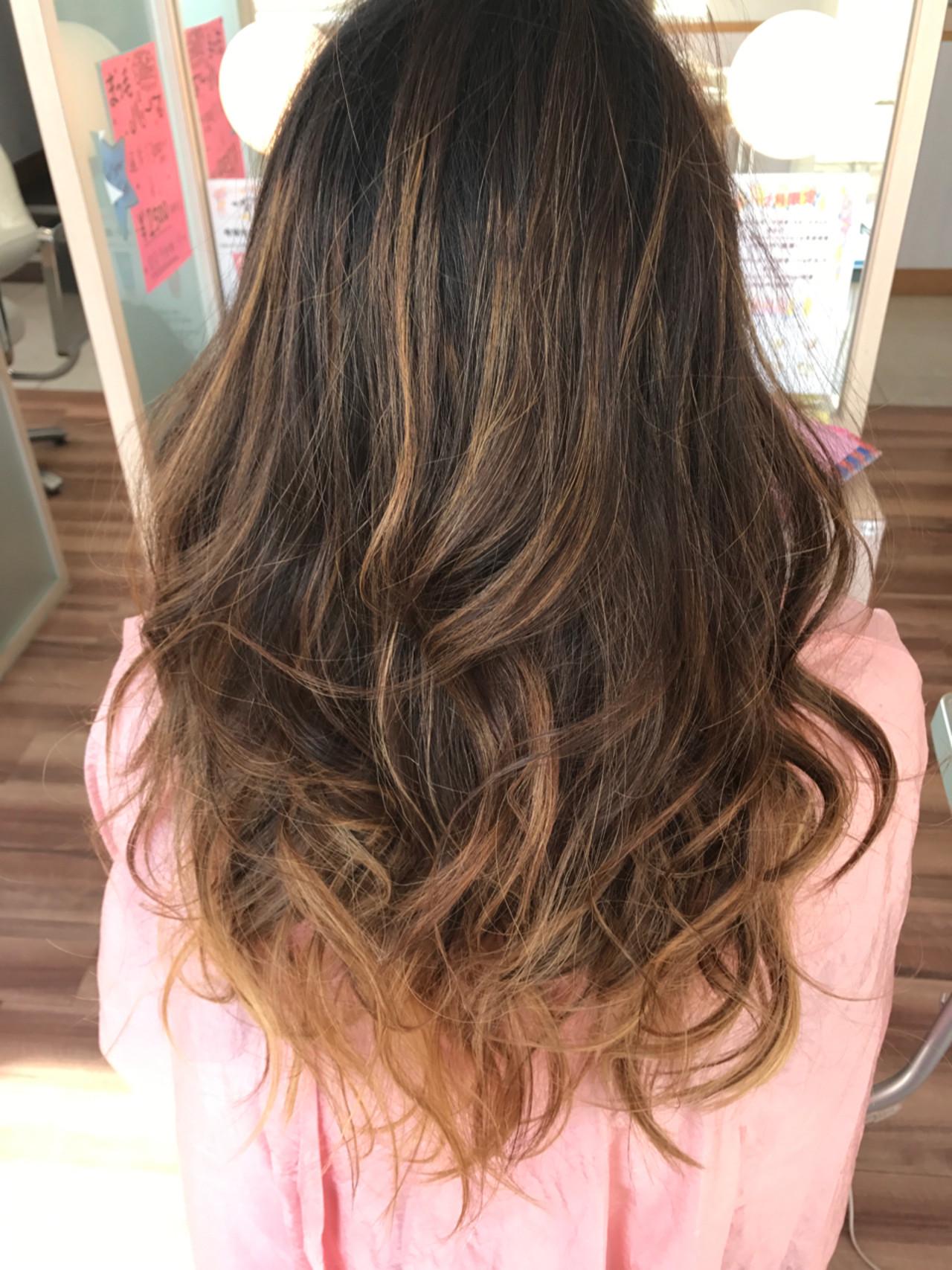バレイヤージュ 外国人風カラー グラデーションカラー ガーリーヘアスタイルや髪型の写真・画像