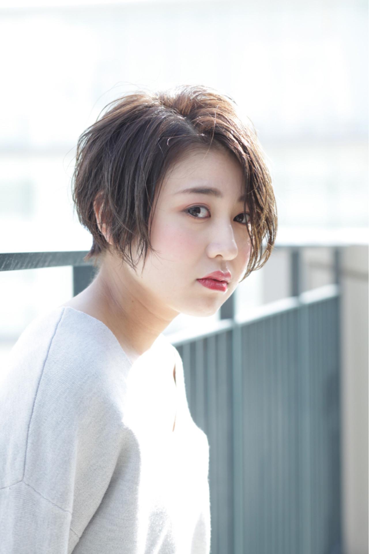 ショートボブ ナチュラル 色気 愛され ヘアスタイルや髪型の写真・画像 | 掛橋 翔 / air-FUKUOKA