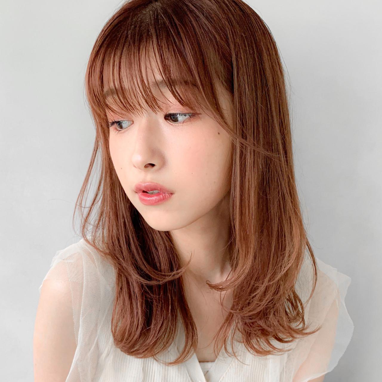 ゆるふわパーマ 外国人風カラー インナーカラー インナーカラーシルバーヘアスタイルや髪型の写真・画像