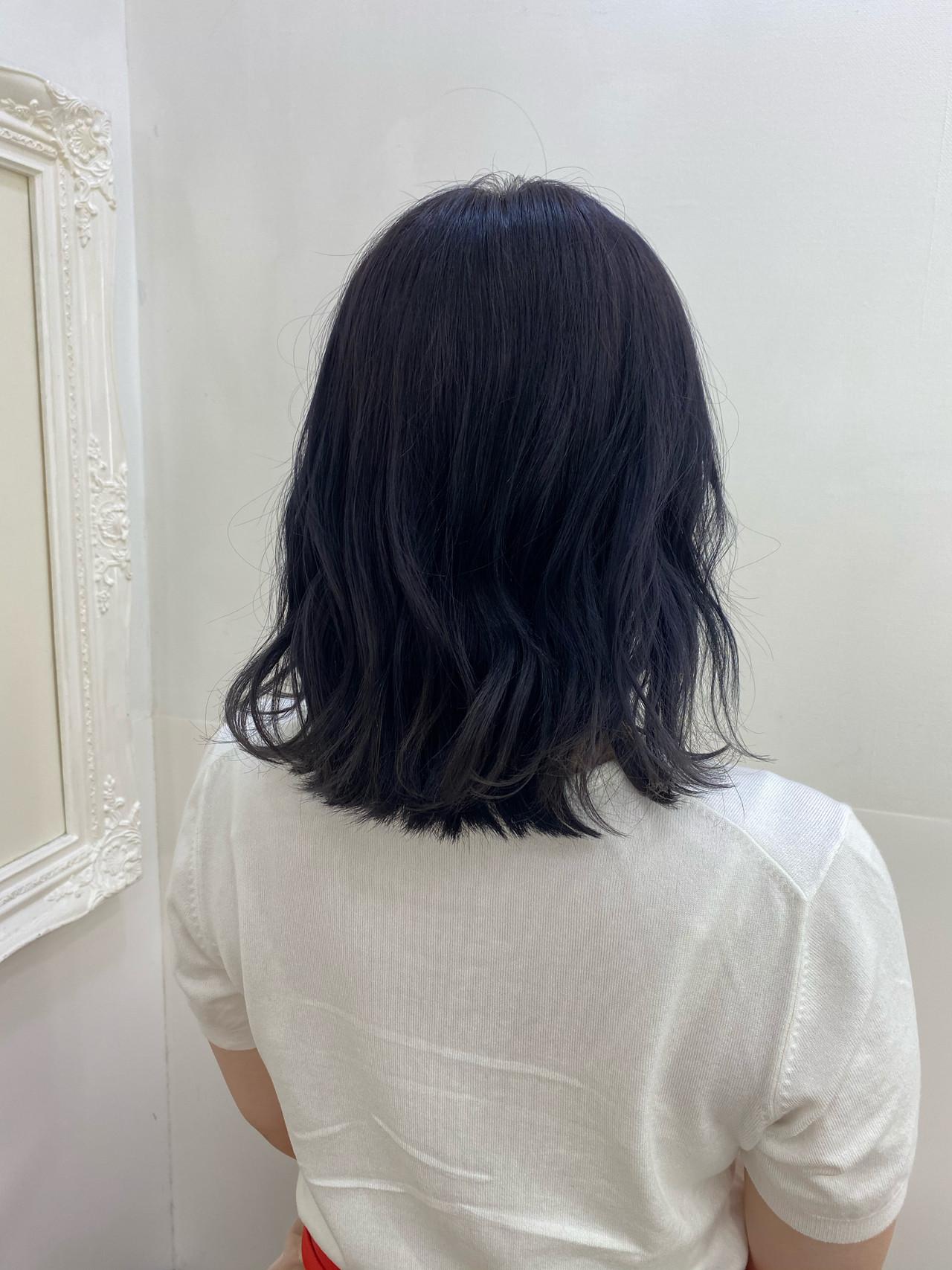 ブルーラベンダー ブルージュ ネイビーブルー モードヘアスタイルや髪型の写真・画像