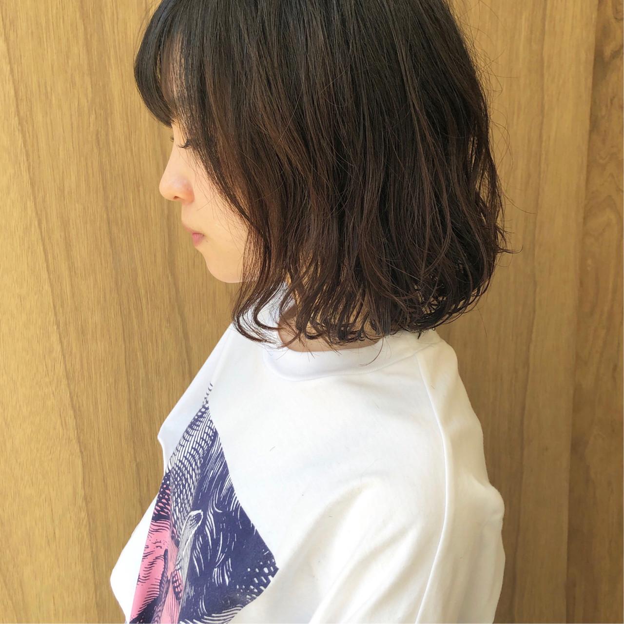 ボブ 外ハネボブ ミニボブ フェミニン ヘアスタイルや髪型の写真・画像 | 松井勇樹 / TWiGGY  歩行町店