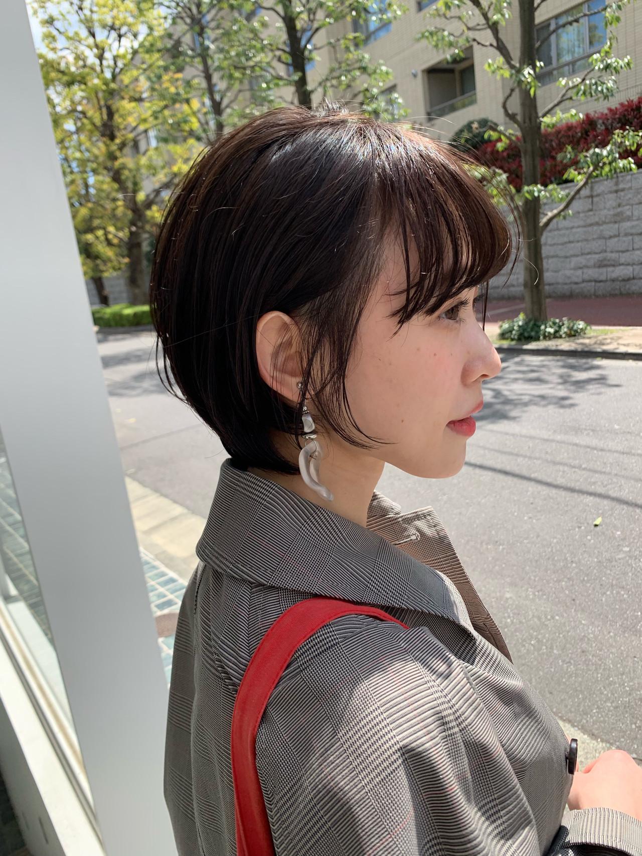 ショート 耳掛けショート ナチュラル デート ヘアスタイルや髪型の写真・画像 | 富永大樹【小顔ショート】【小顔ミディアム】 / Unami