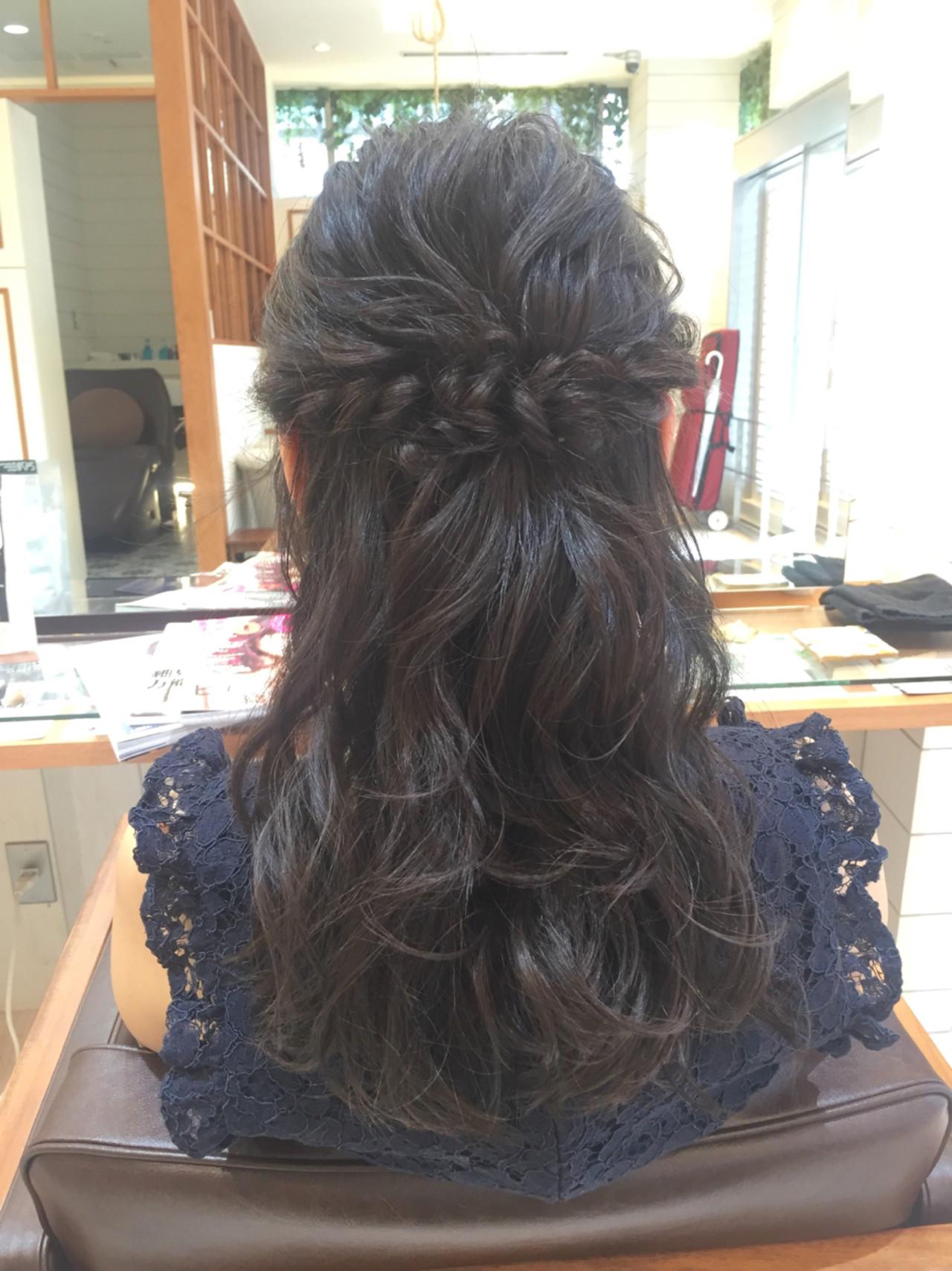 二次会 セミロング ハーフアップ 結婚式ヘアスタイルや髪型の写真・画像