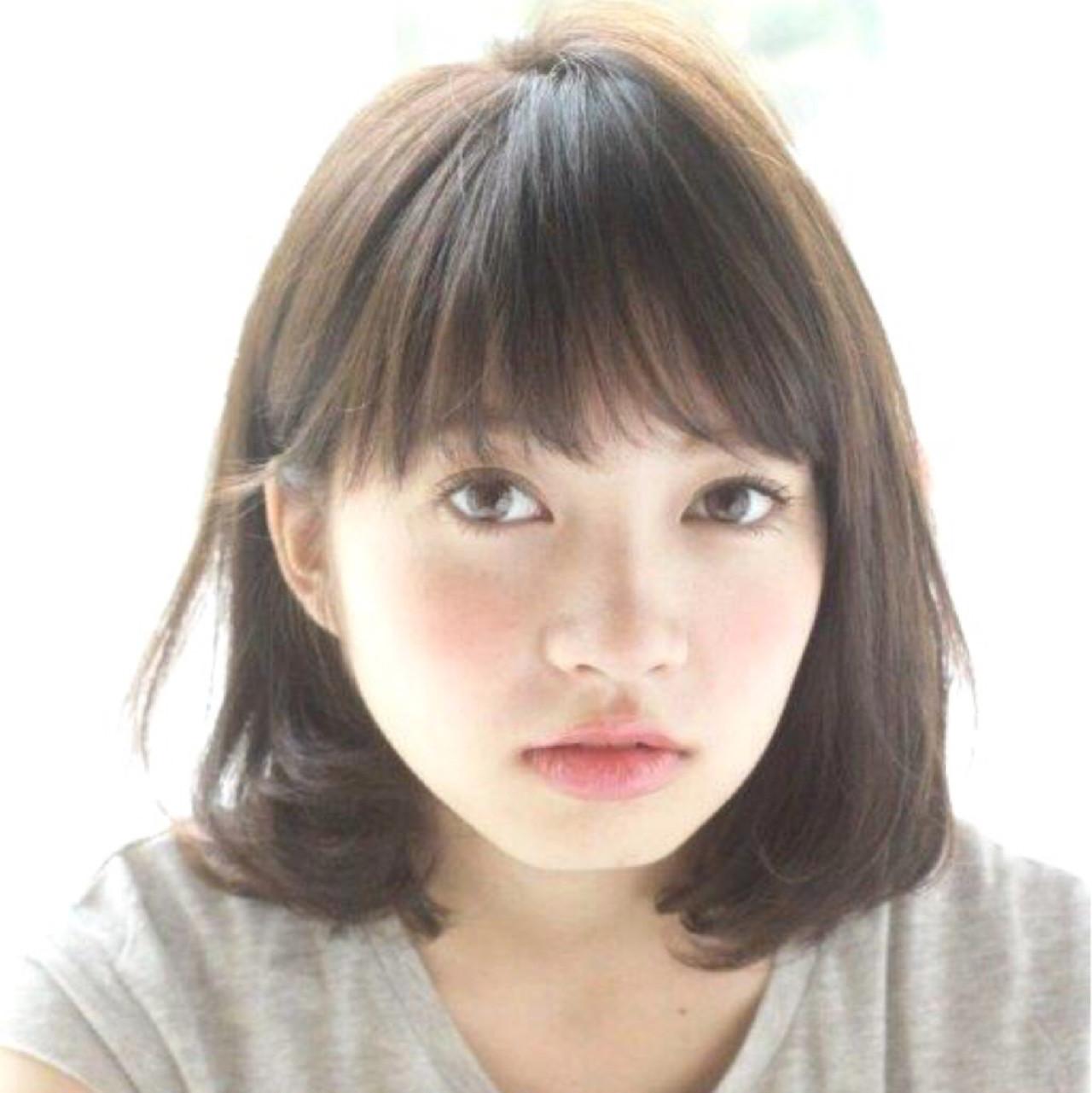 ふわふわ 簡単 大人かわいい ミディアム ヘアスタイルや髪型の写真・画像   切りっぱなしボブを流行らせた人 Un ami増永 / Un ami omotesando