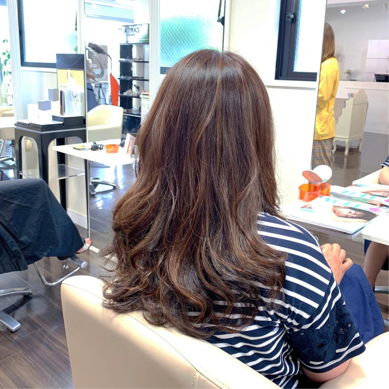 ロング 白髪染め 大人ハイライト 3Dハイライト ヘアスタイルや髪型の写真・画像 | ゴトウタカヒロ / la★muse resort