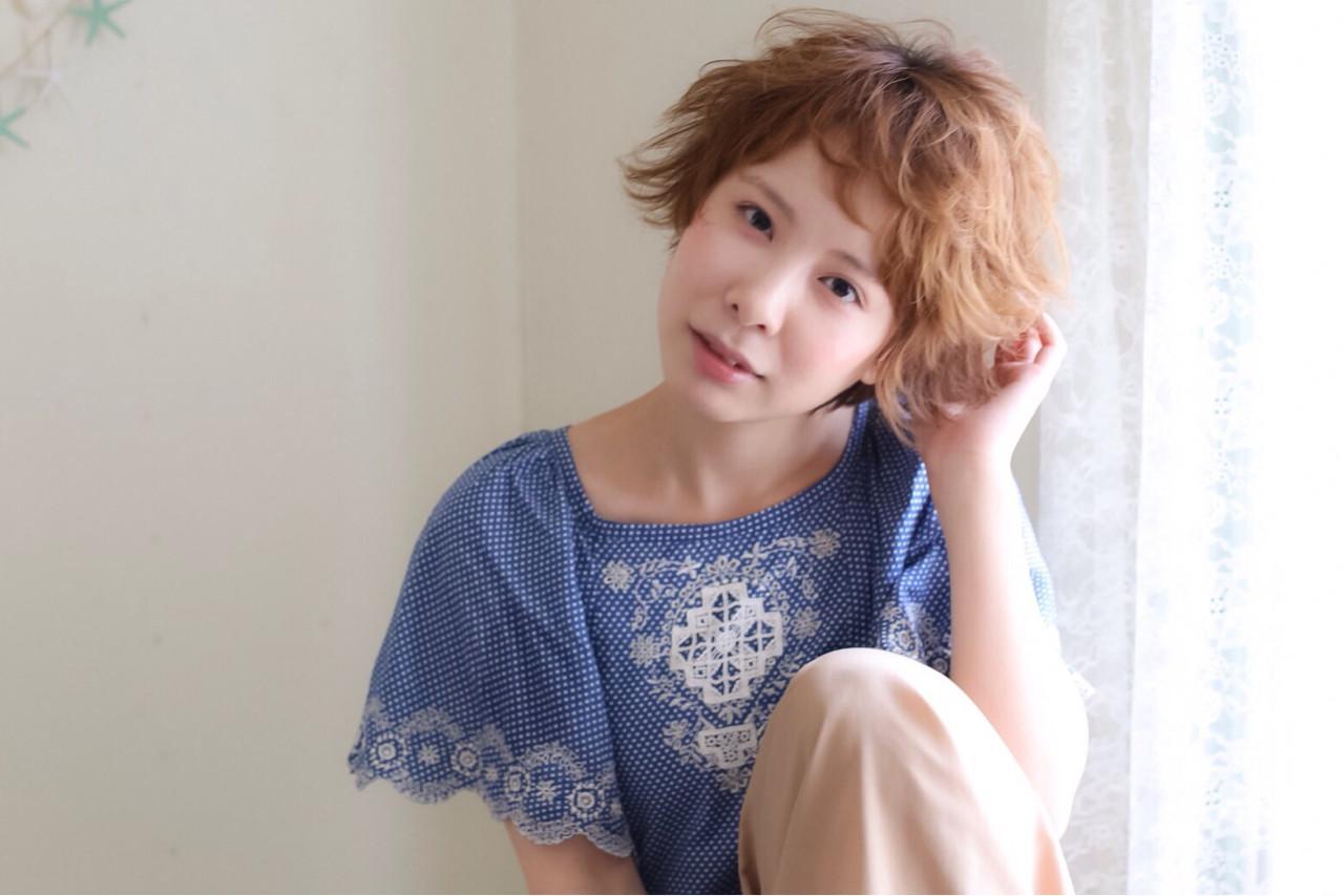 ハイライト アッシュ ショート ワイドバング ヘアスタイルや髪型の写真・画像 | 黒田 卓磨/musashi / souvenir(スーベニール)