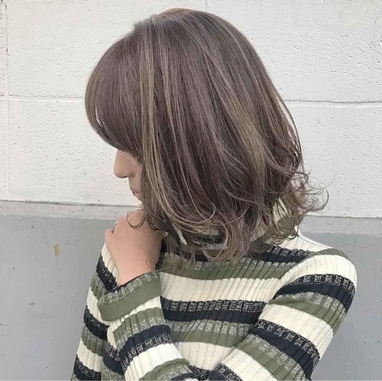冬 アンニュイ ミディアム 愛され ヘアスタイルや髪型の写真・画像 | 落合 健二 / hair ales