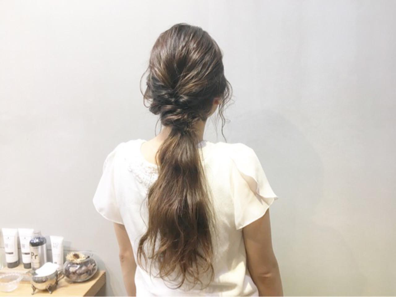 デート ロング 簡単ヘアアレンジ ローポニーテール ヘアスタイルや髪型の写真・画像   COM PASS 太一 / COM PASS