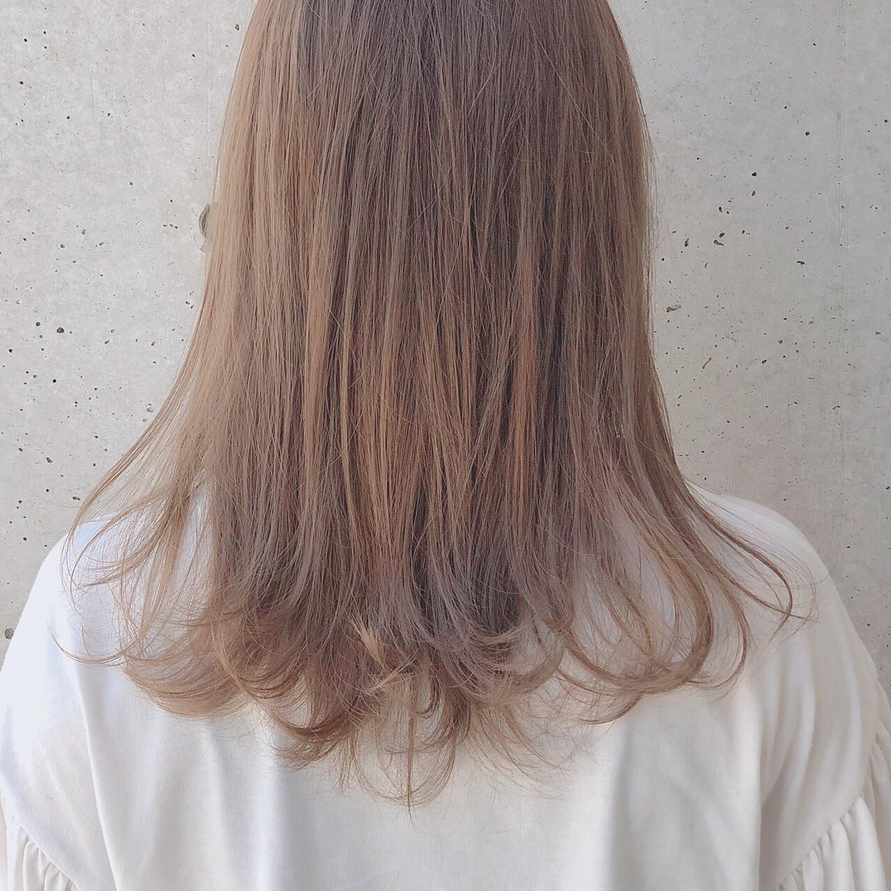ナチュラル デート ミルクティー 透明感 ヘアスタイルや髪型の写真・画像   田中けんた / Gigi