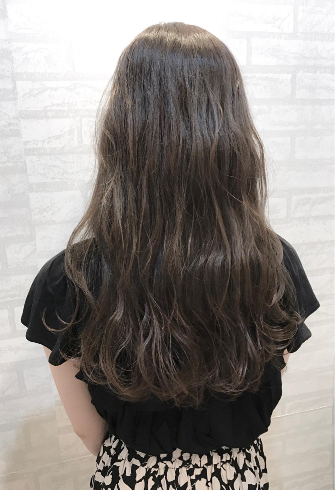 梅雨 アンニュイ リラックス エレガント ヘアスタイルや髪型の写真・画像 | 丸山 大樹 / zina tokyo