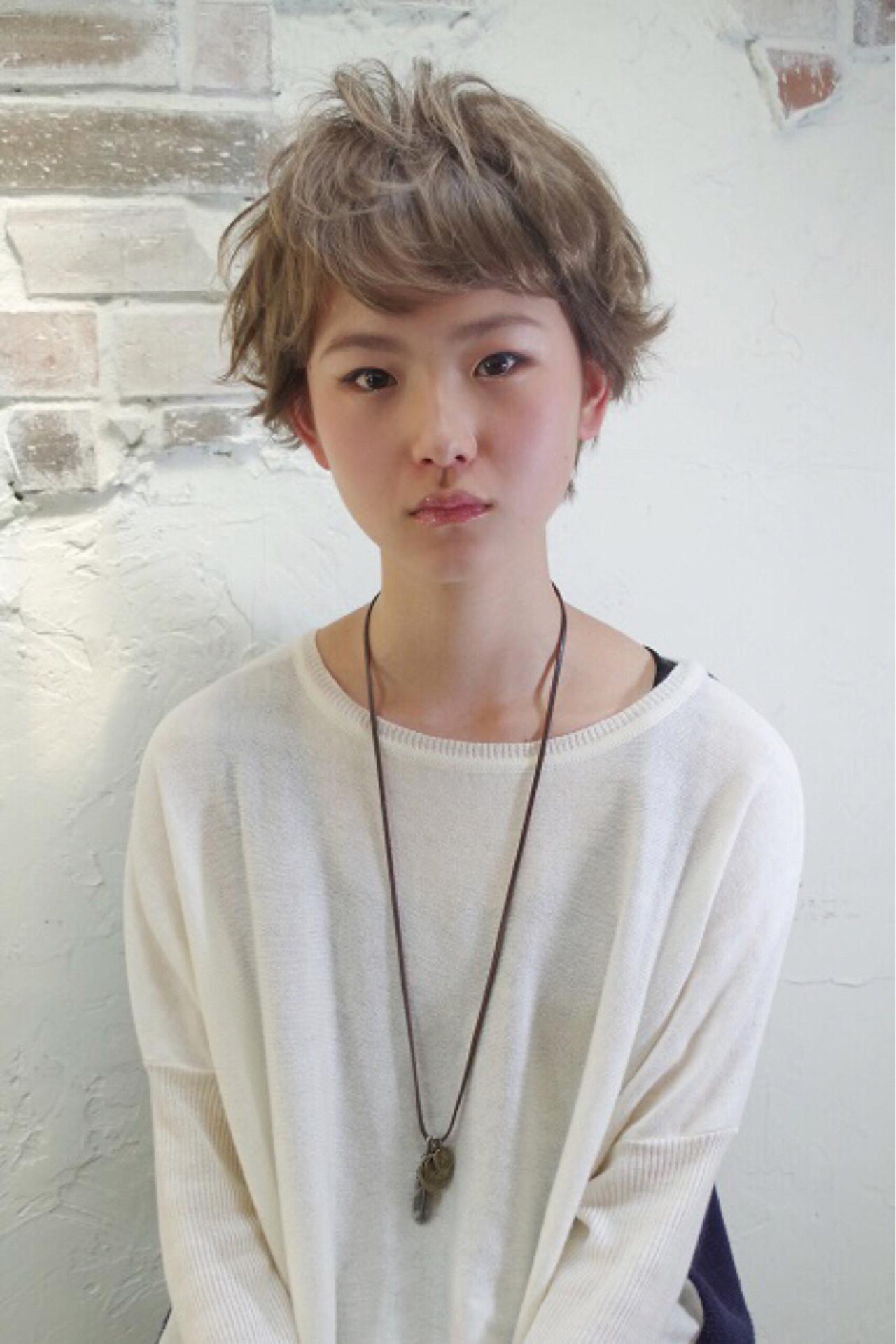 ショート パーマ アッシュ ナチュラル ヘアスタイルや髪型の写真・画像   Nao Kokubun blast / blast