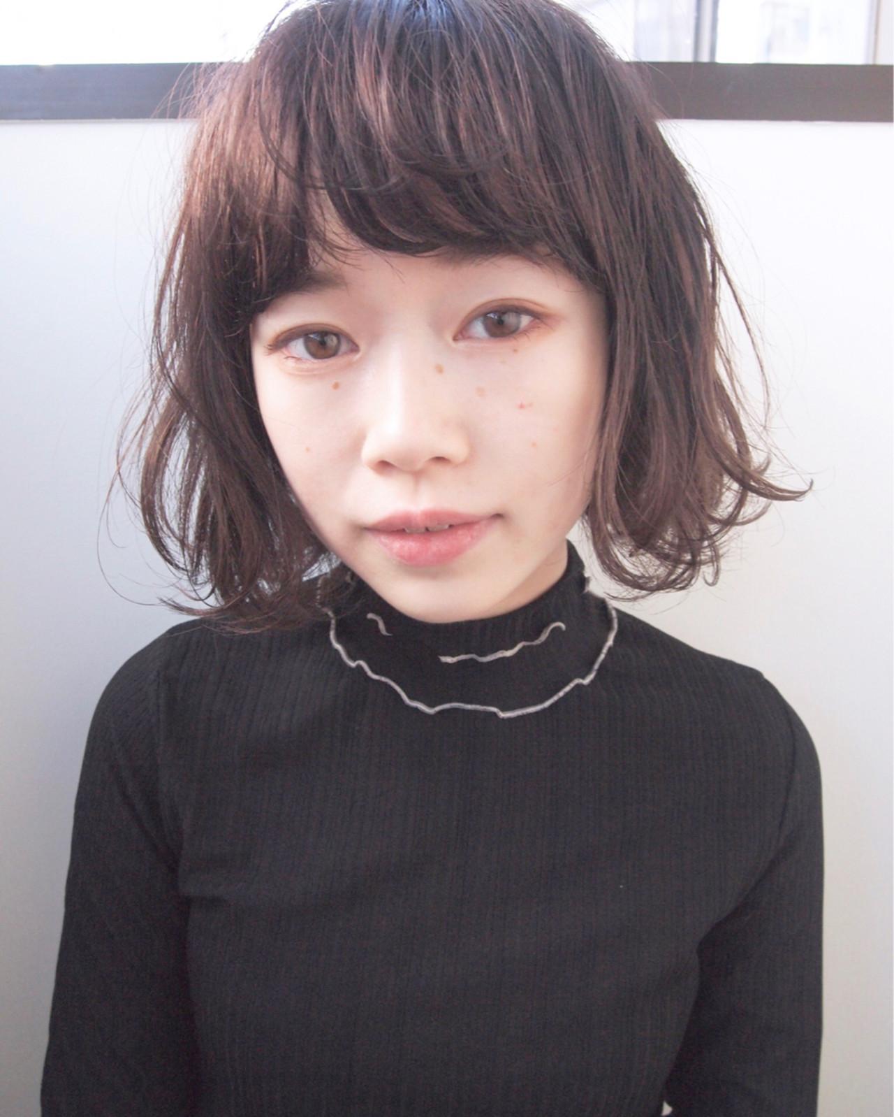 くせ毛風 ナチュラル 前髪あり 黒髪 ヘアスタイルや髪型の写真・画像   UEKI/nanuk / nanuk二子玉川