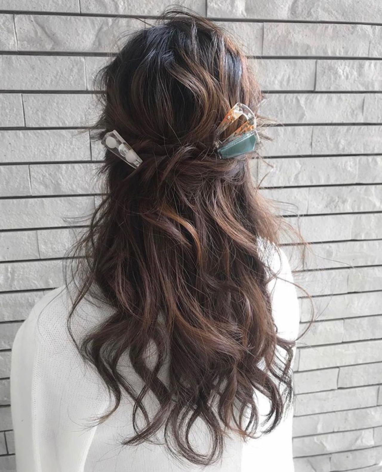 結婚式 簡単ヘアアレンジ 成人式 ナチュラルヘアスタイルや髪型の写真・画像