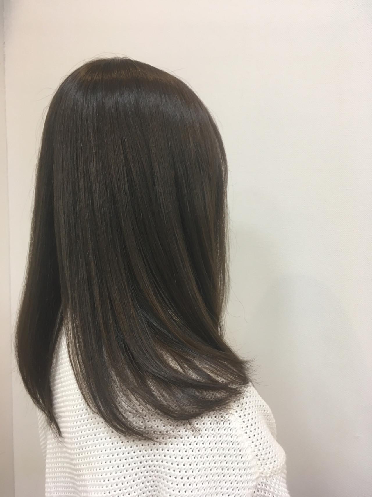 上品 アッシュグレージュ アッシュ ロング ヘアスタイルや髪型の写真・画像 | 大谷 伶美 / brace / soin de brace