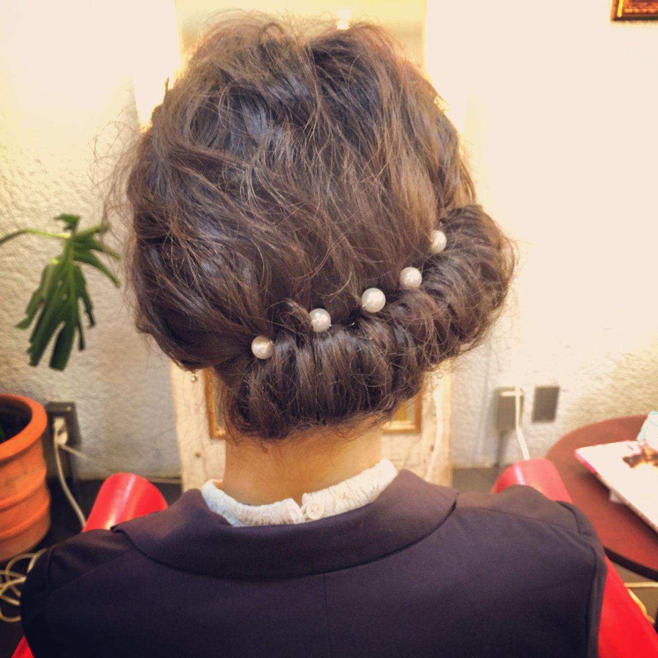 ギブソンタック ヘアアレンジ ナチュラル 春 ヘアスタイルや髪型の写真・画像 | tomonari / iroiro (イロイロ)