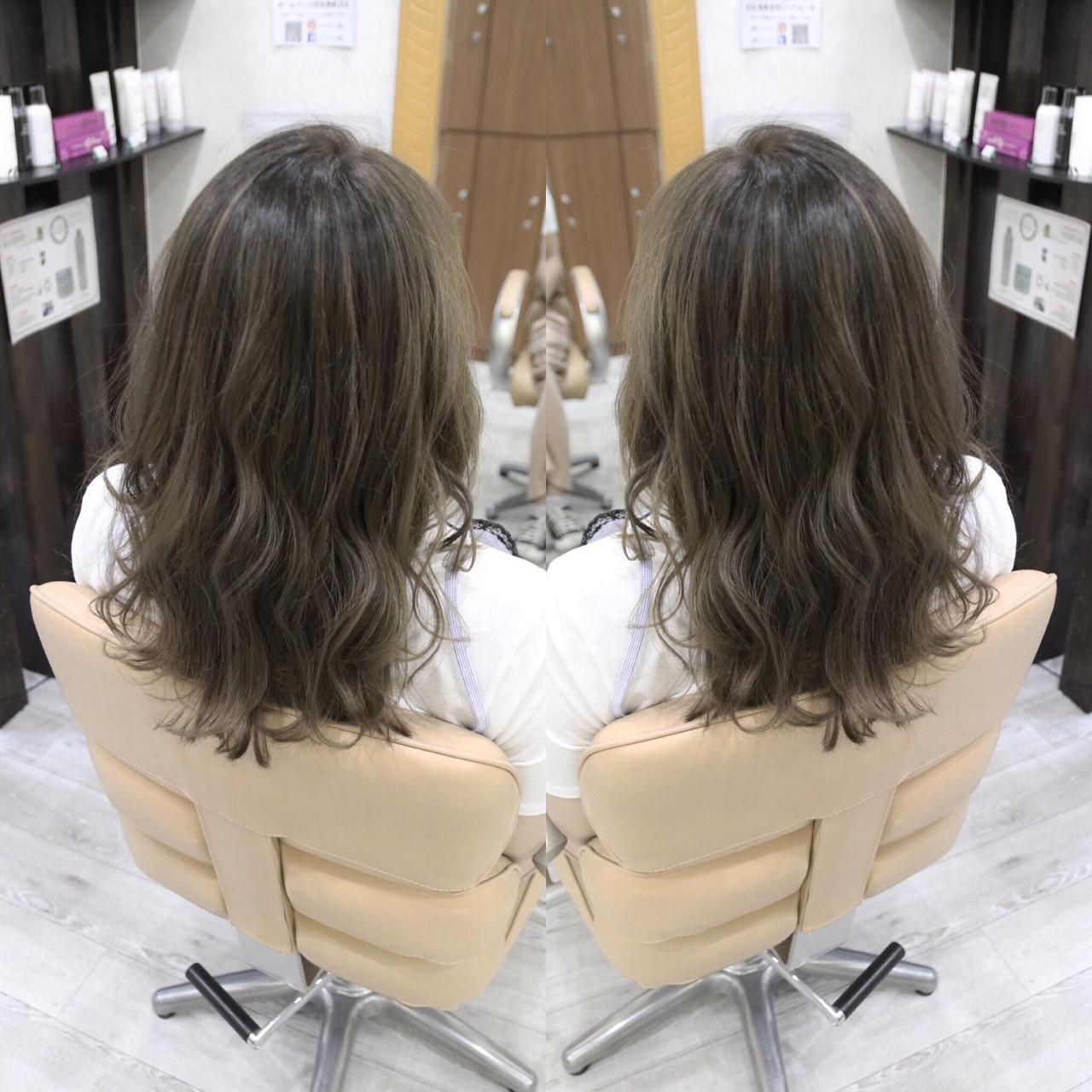 ナチュラル セミロング ヘアアレンジ 夏 ヘアスタイルや髪型の写真・画像 | 植松 裕也 / Hair design Laule'a une ラウレア