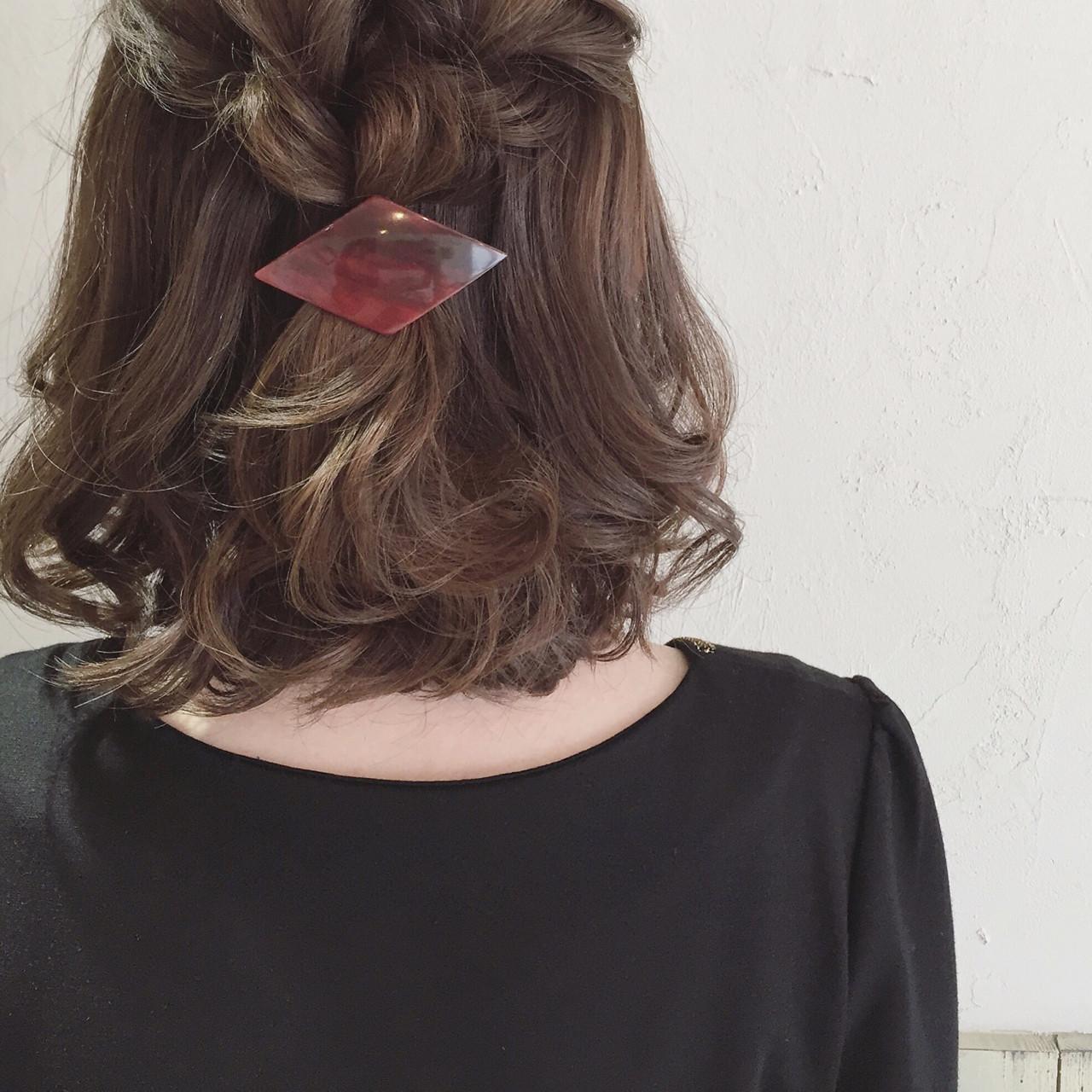 ボブ ヘアアレンジ バレッタ 編み込み ヘアスタイルや髪型の写真・画像 | ange maco / ange
