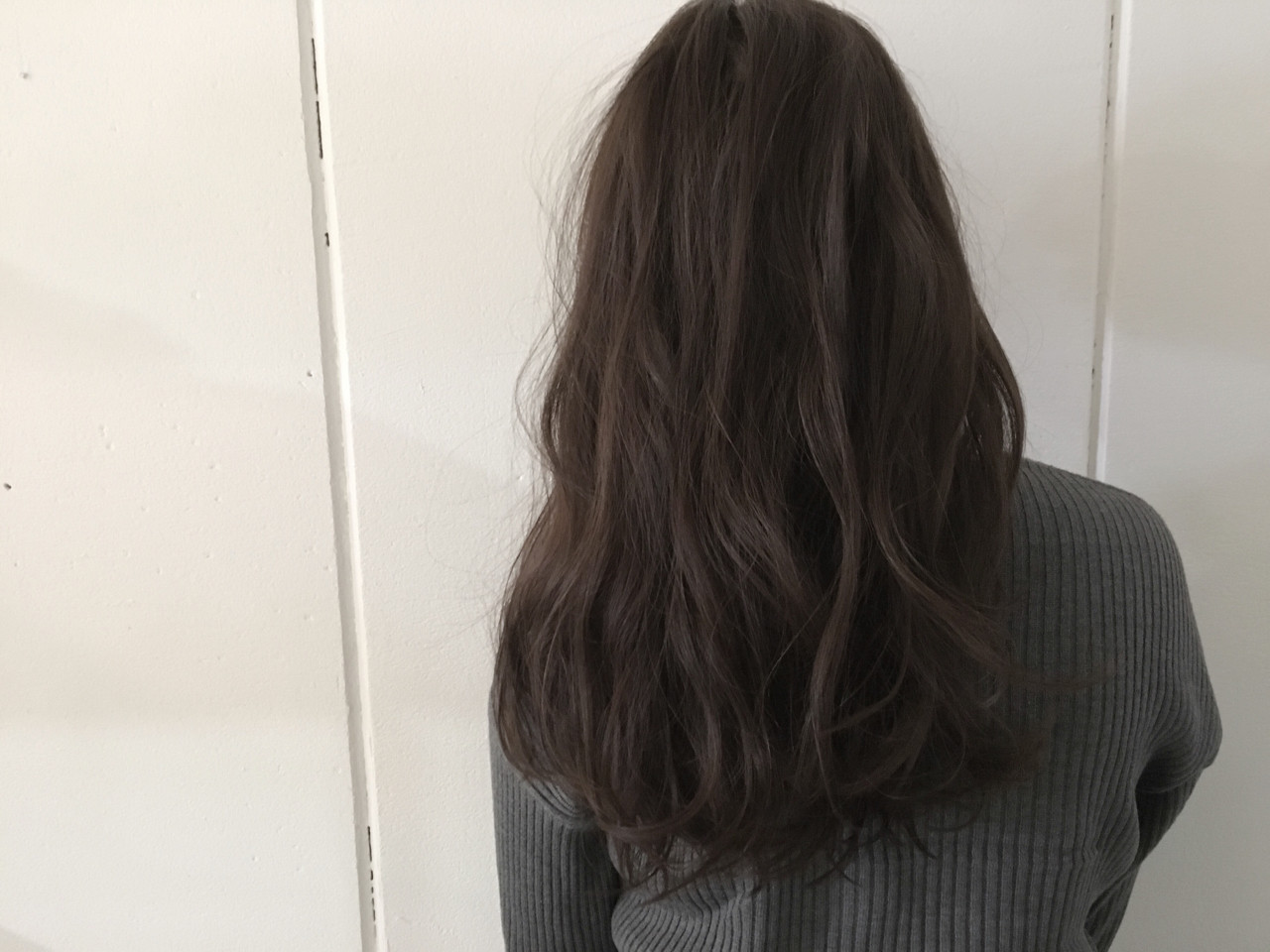抜け感 ロング アッシュ 外国人風 ヘアスタイルや髪型の写真・画像   杉谷 将也 / DiLL / DiLL