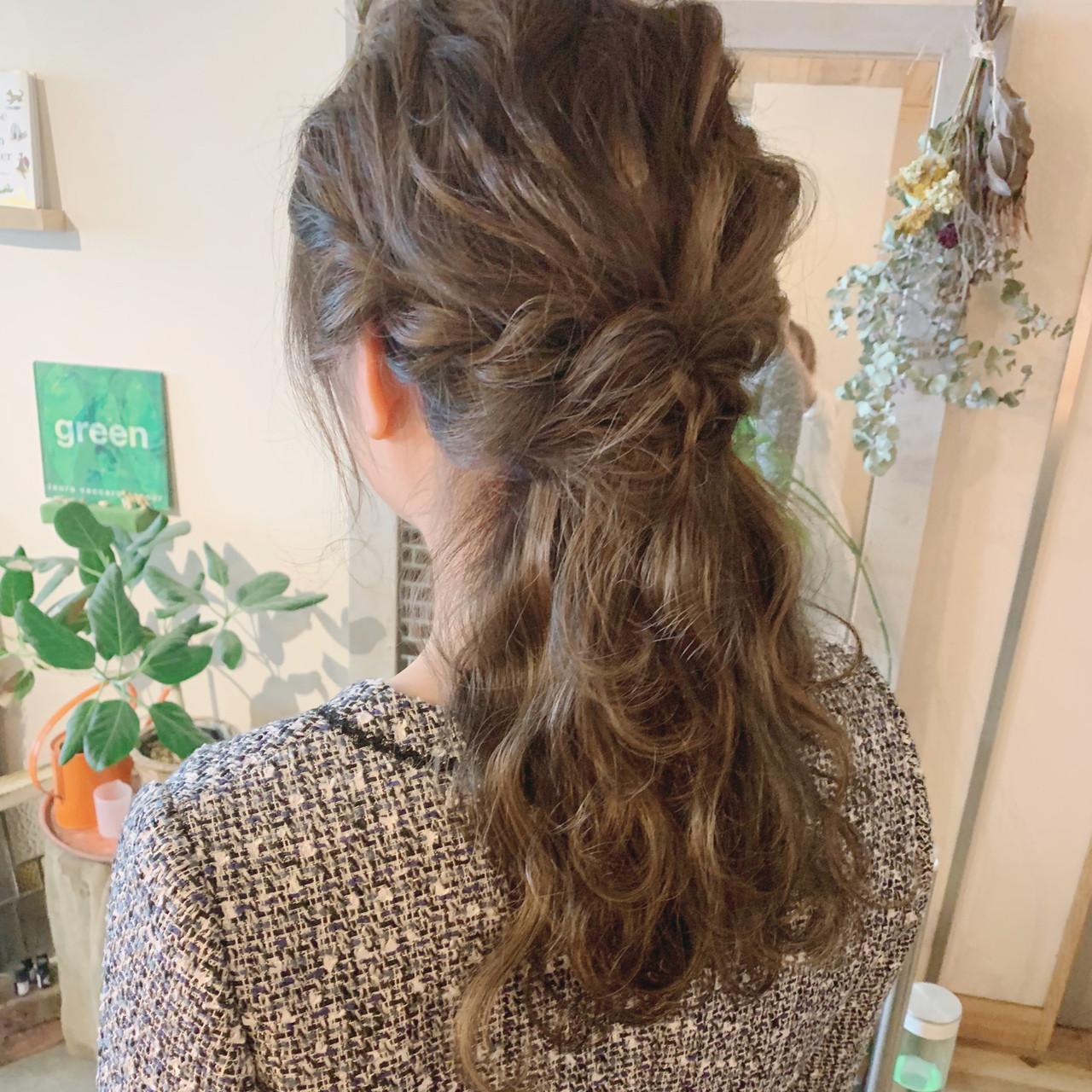 ロング ハイライト ヘアアレンジ ナチュラル ヘアスタイルや髪型の写真・画像 | emi【till】 / till