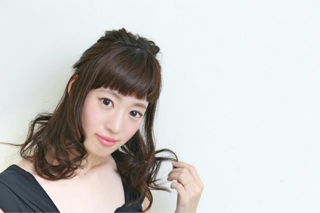 簡単ヘアアレンジ ナチュラル ショート 大人女子 ヘアスタイルや髪型の写真・画像 | いまいえりな /