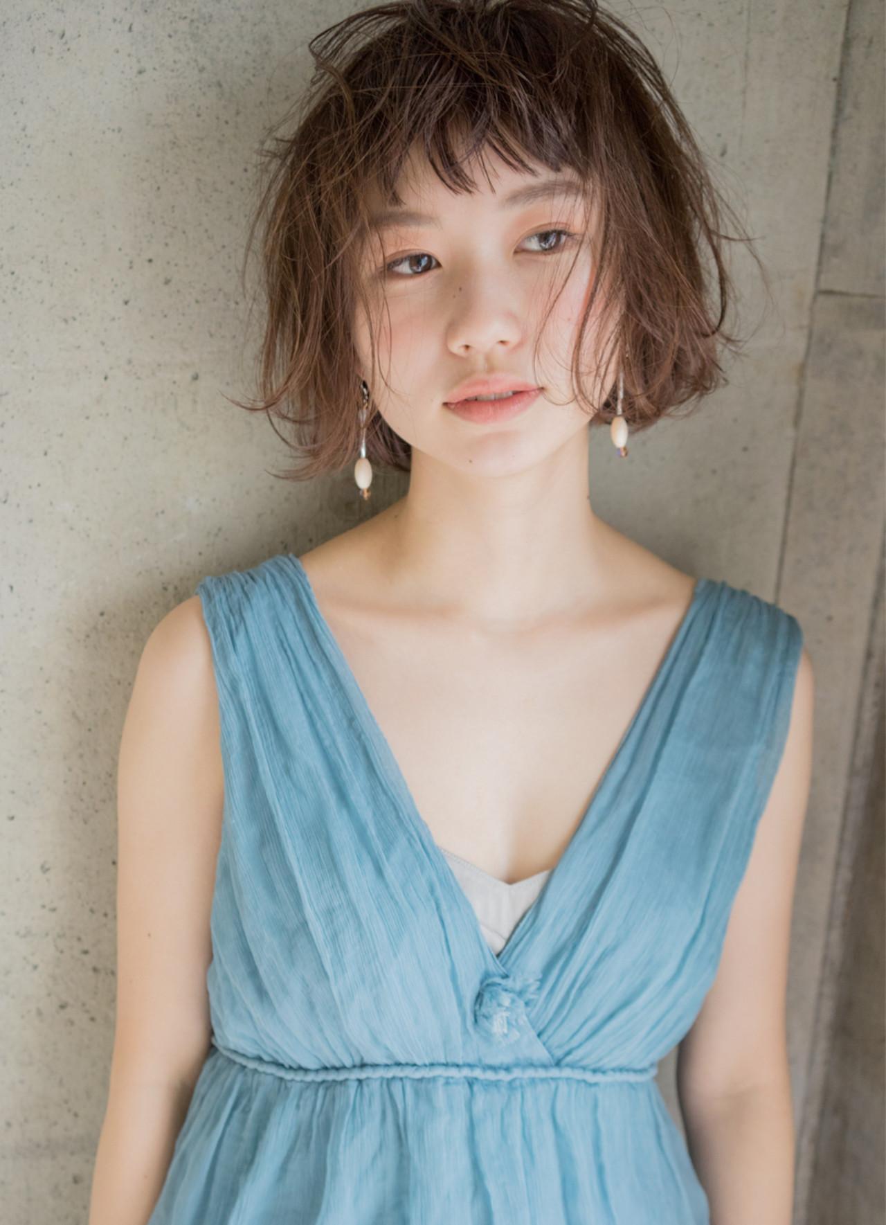大人女子 小顔 外国人風 ニュアンス ヘアスタイルや髪型の写真・画像 | 祖父江基志 / NOESALON