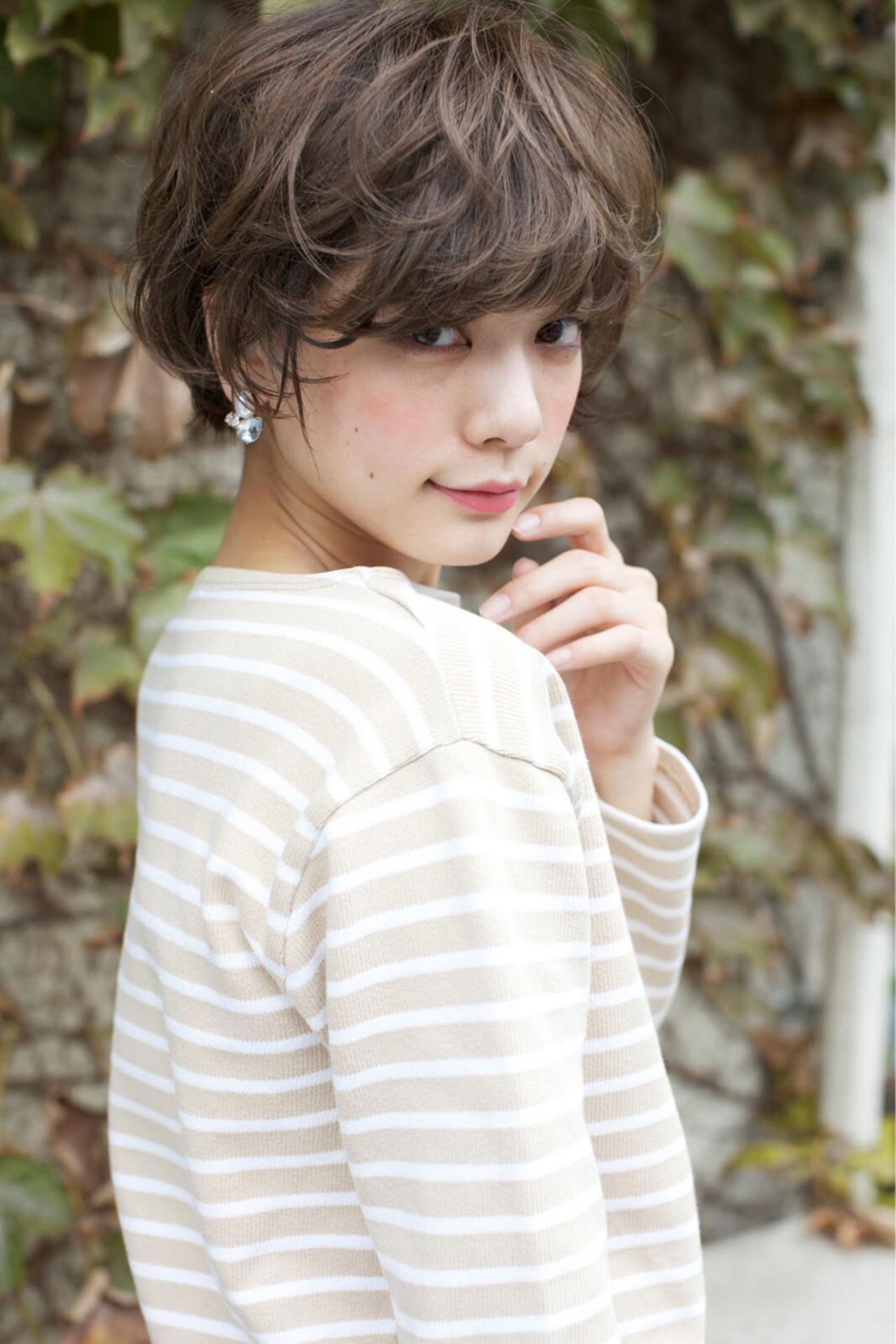 イメチェンするならショート×パーマでおしゃれも可愛いも手に入れる! 石川 瑠利子