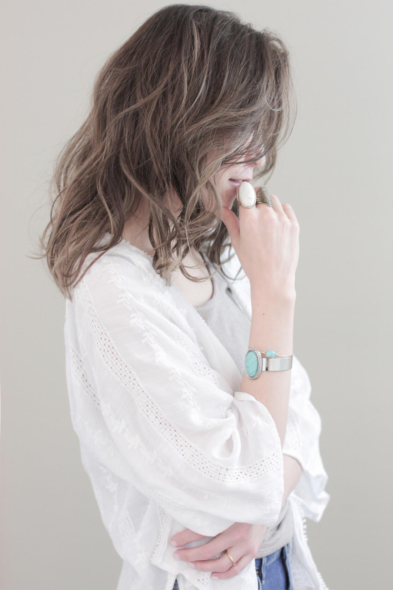 アッシュ ハイライト 外国人風 ブラウンヘアスタイルや髪型の写真・画像